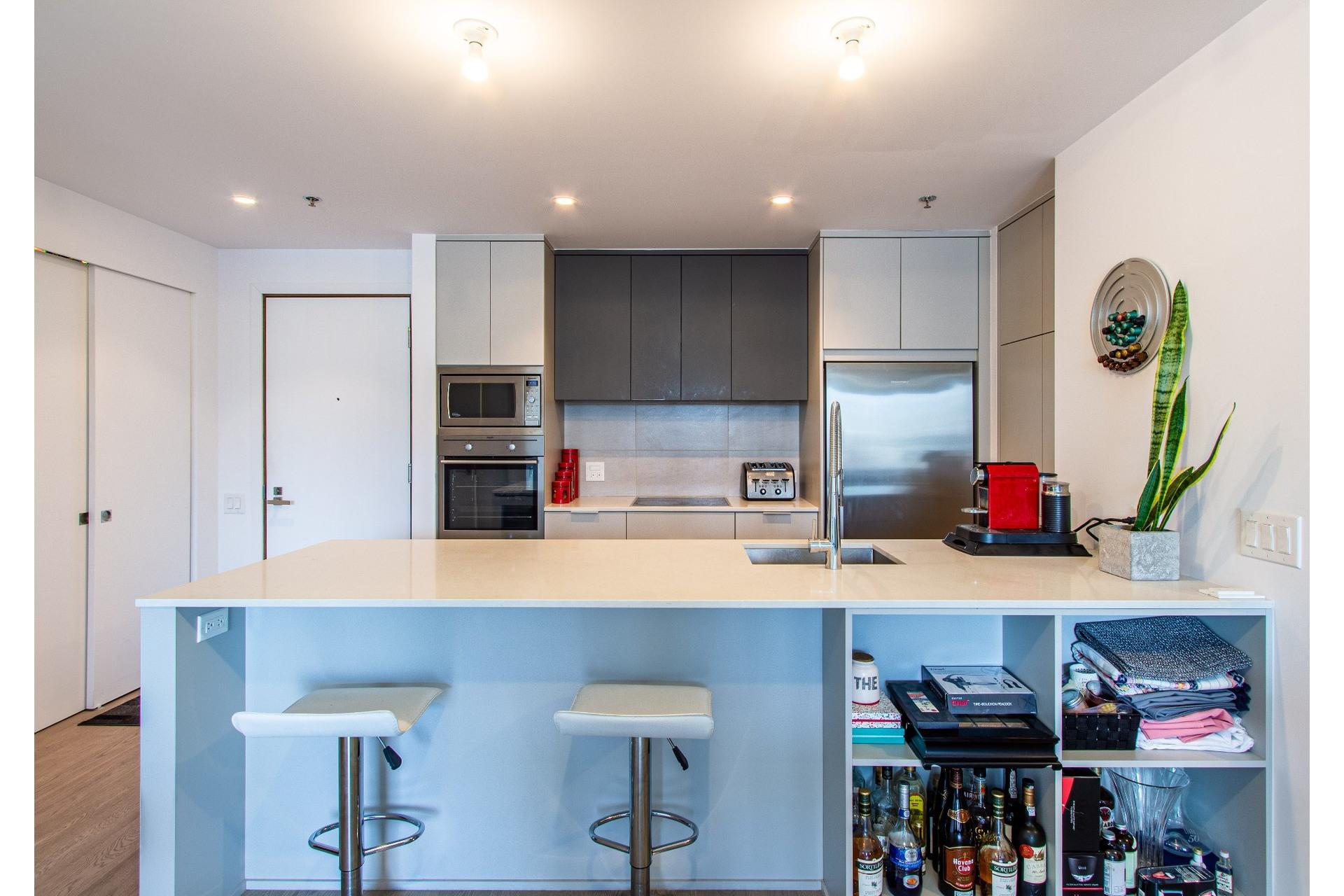image 2 - Apartment For sale Le Sud-Ouest Montréal  - 6 rooms
