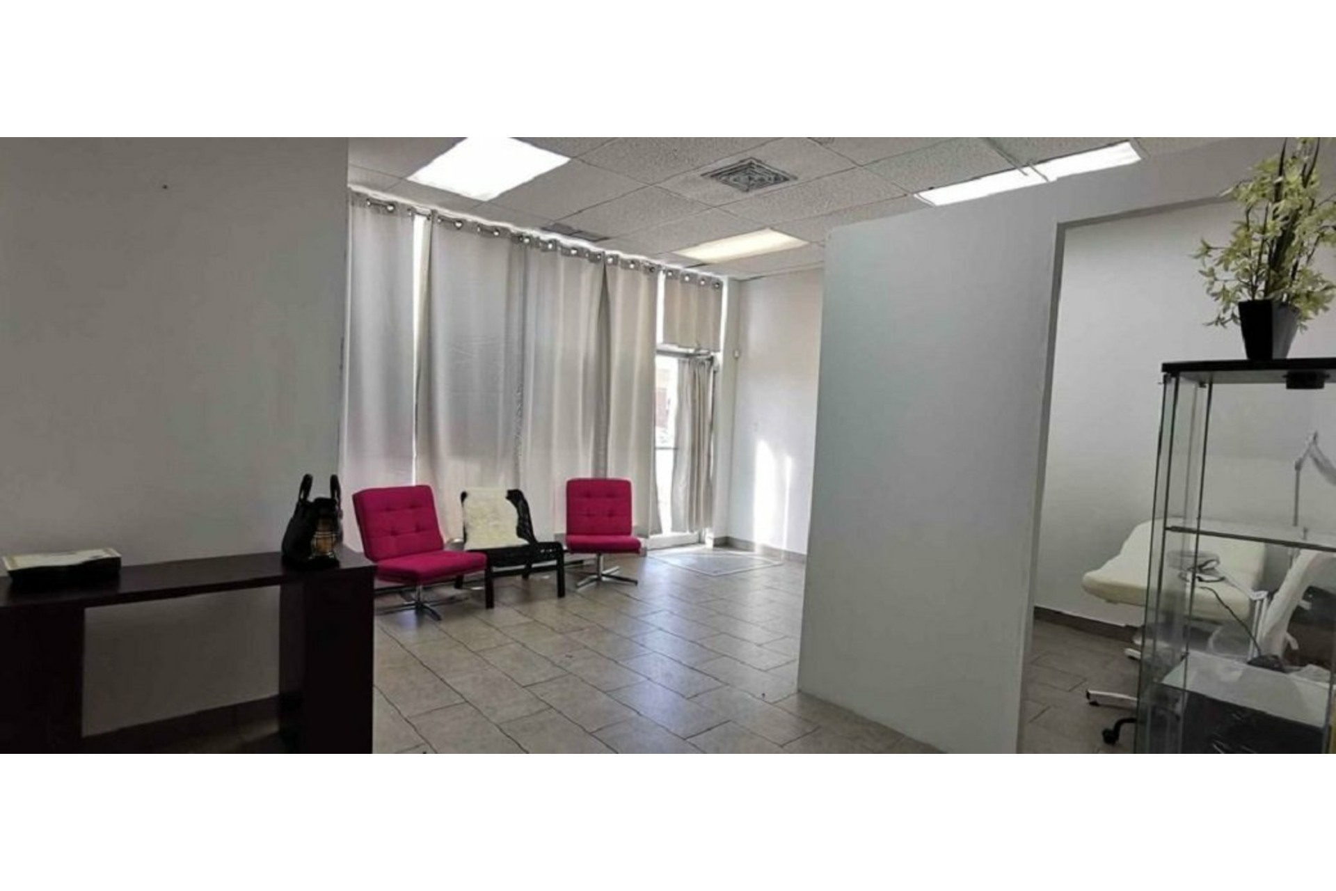 image 4 - Office For rent Greenfield Park Longueuil