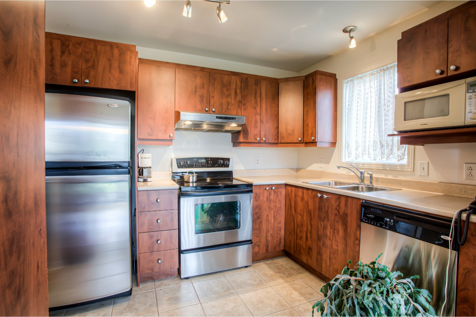 image 12 - House For sale Vaudreuil-Dorion - 8 rooms
