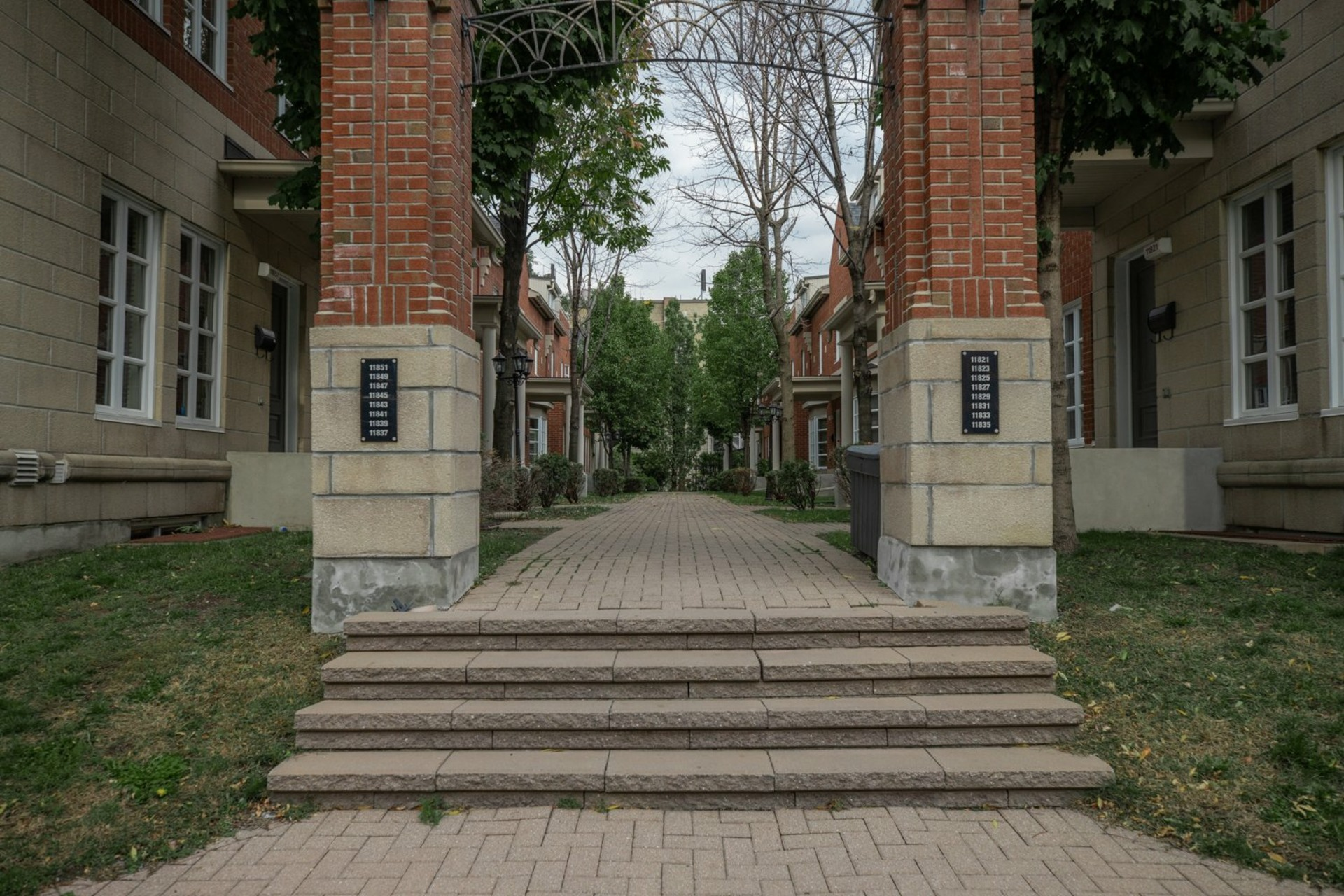 image 26 - Maison À vendre Ahuntsic-Cartierville Montréal  - 8 pièces