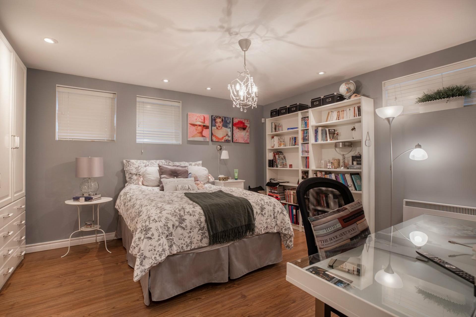 image 21 - Maison À vendre Ahuntsic-Cartierville Montréal  - 8 pièces