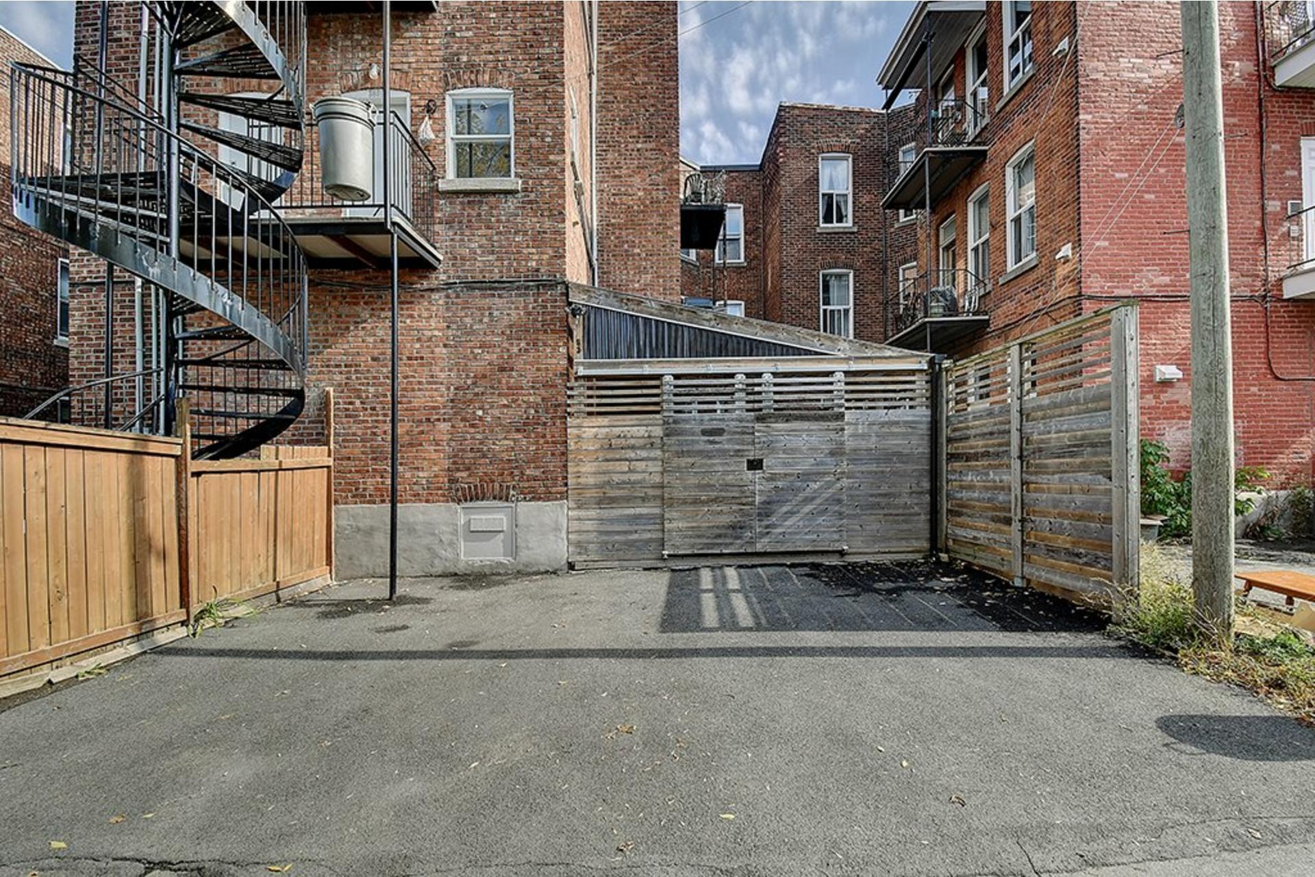 image 19 - Triplex For sale Verdun/Île-des-Soeurs Montréal  - 10 rooms