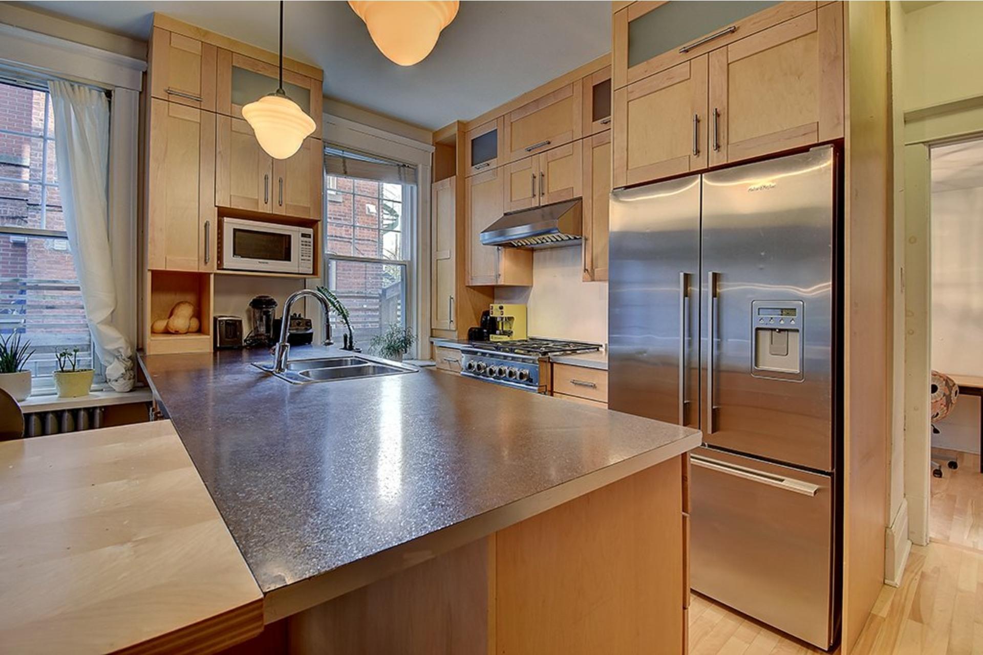 image 10 - Triplex For sale Verdun/Île-des-Soeurs Montréal  - 10 rooms