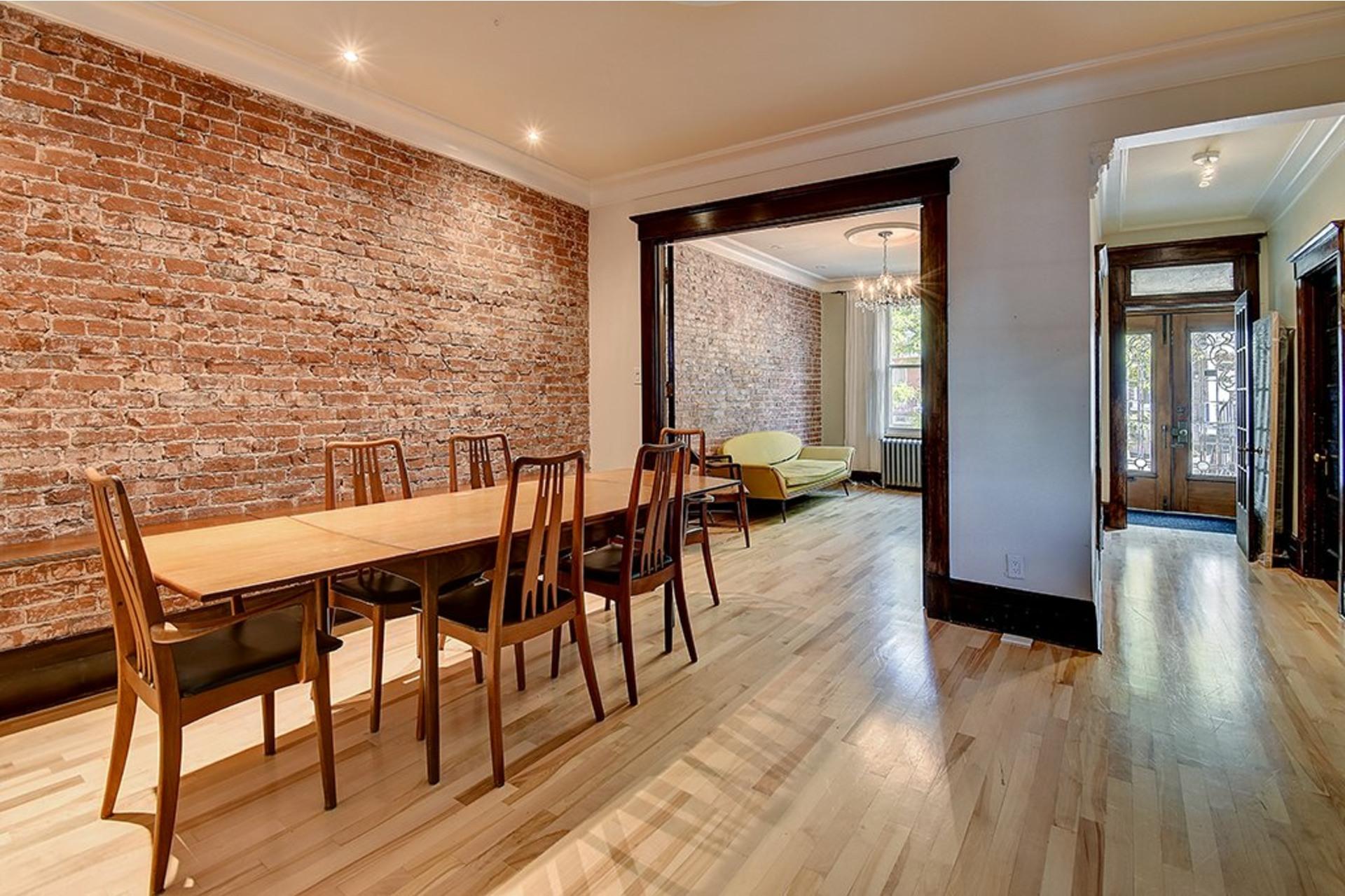 image 2 - Triplex For sale Verdun/Île-des-Soeurs Montréal  - 10 rooms