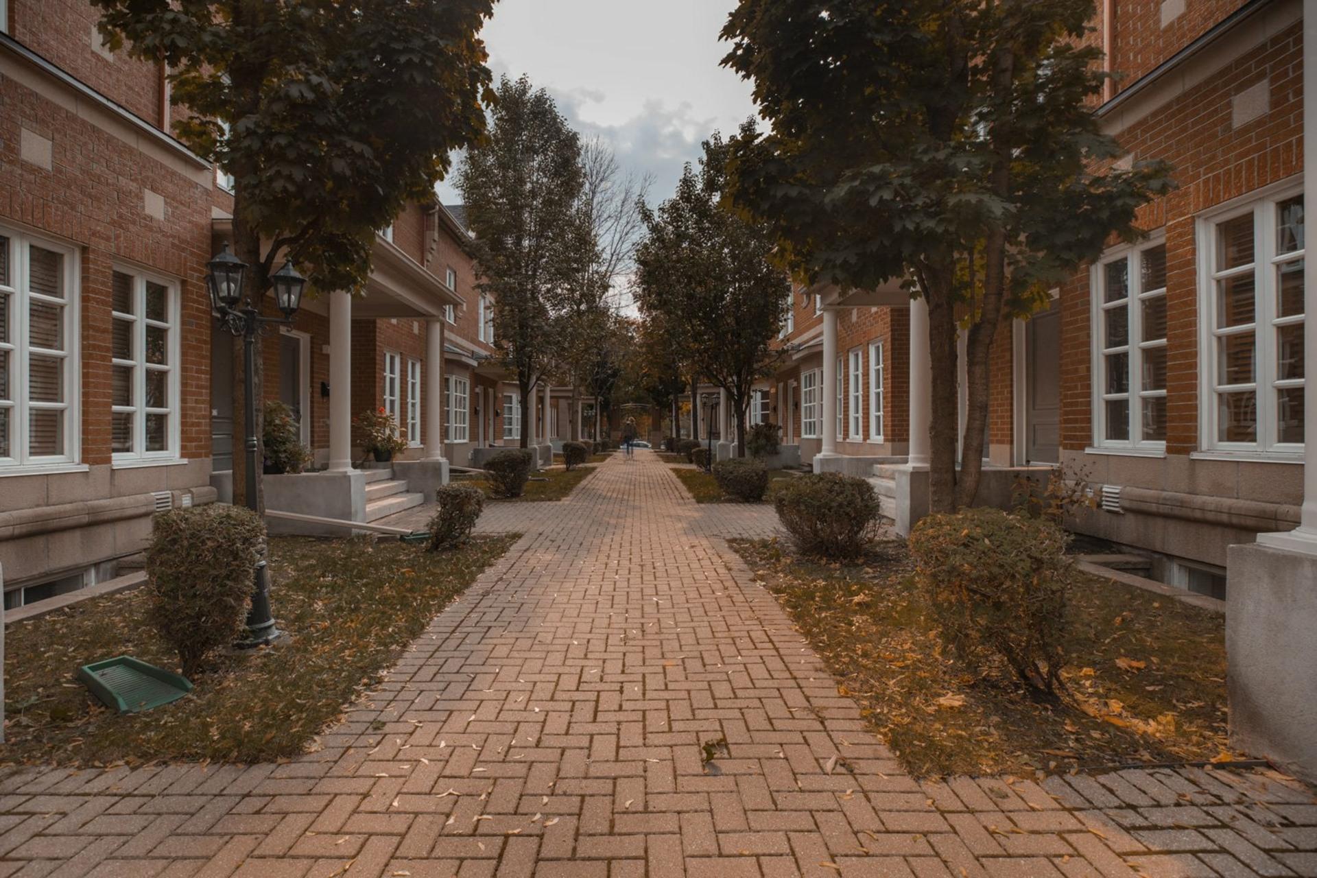 image 28 - Maison À vendre Ahuntsic-Cartierville Montréal  - 8 pièces