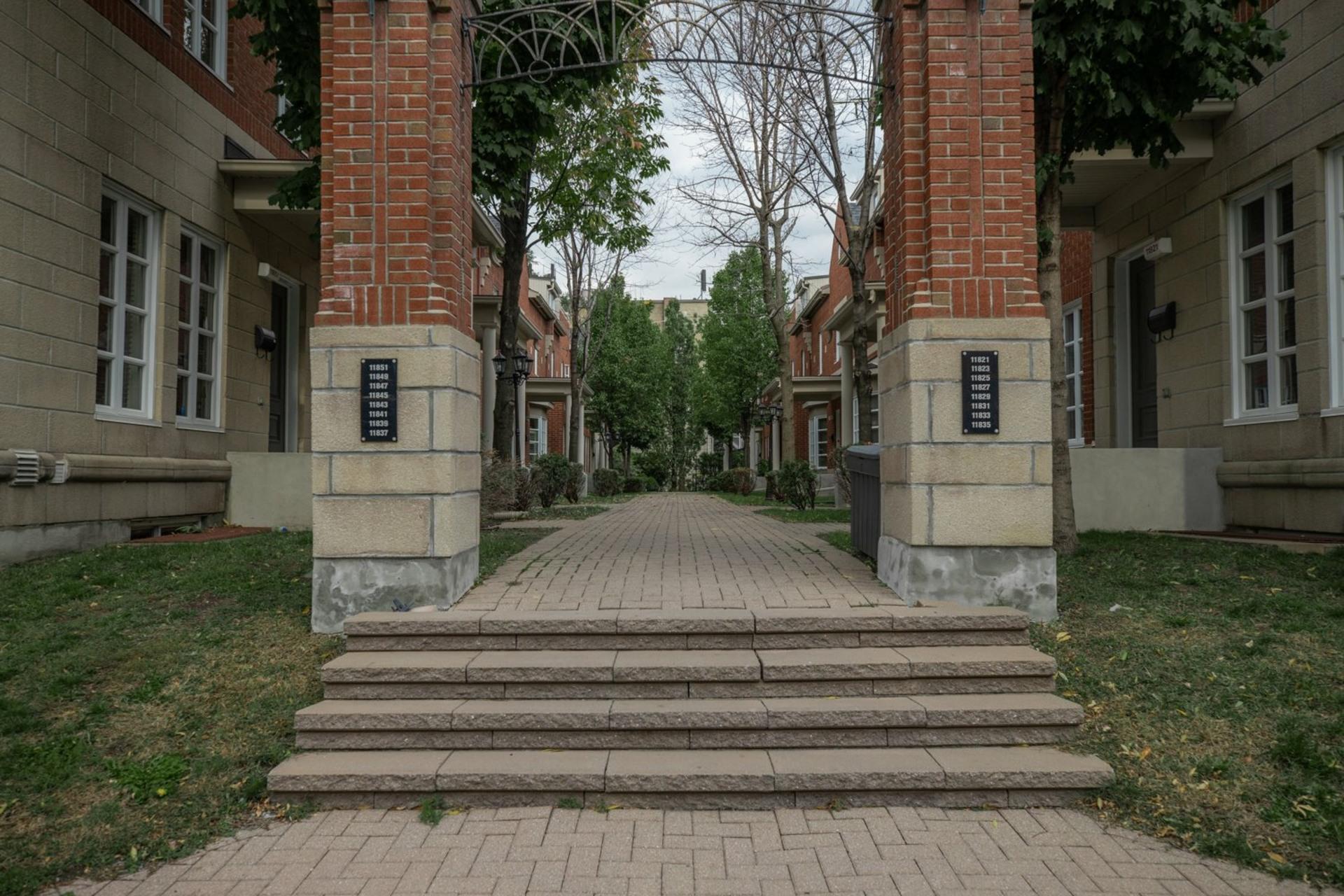 image 29 - Maison À vendre Ahuntsic-Cartierville Montréal  - 8 pièces