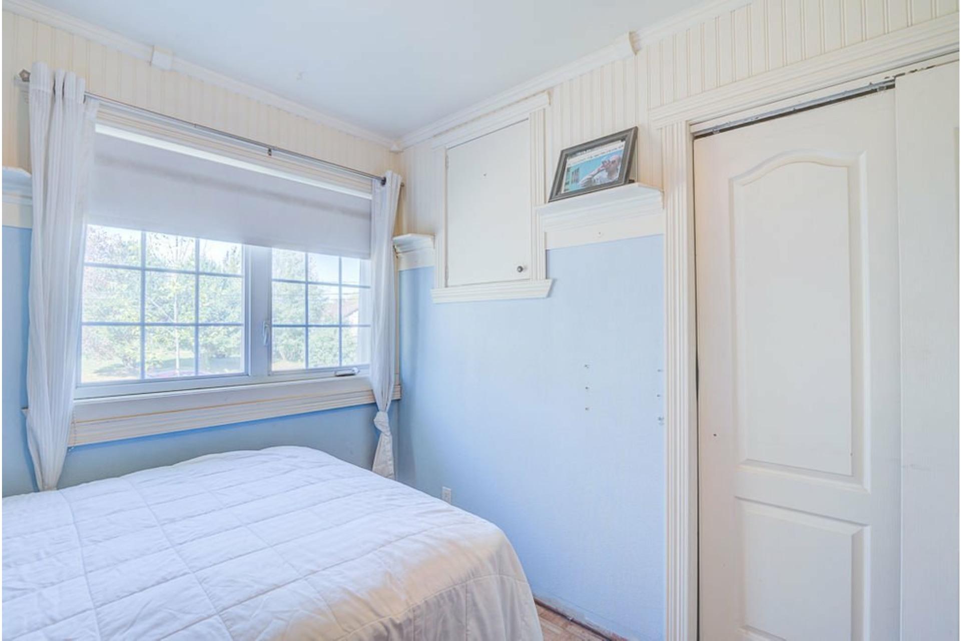 image 17 - House For sale Saint-Lin/Laurentides - 13 rooms