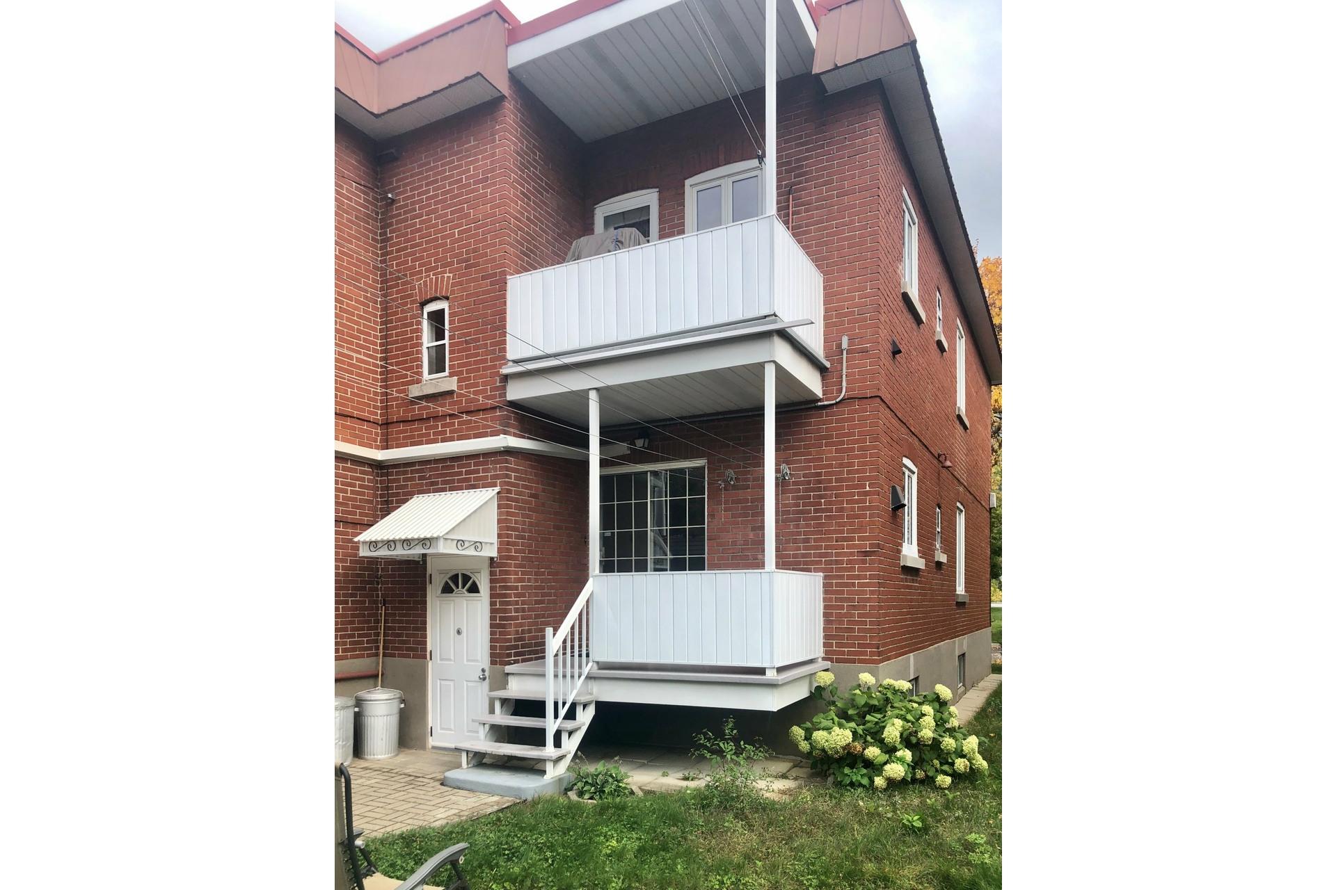 image 19 - Apartment For rent Le Sud-Ouest Montréal  - 4 rooms