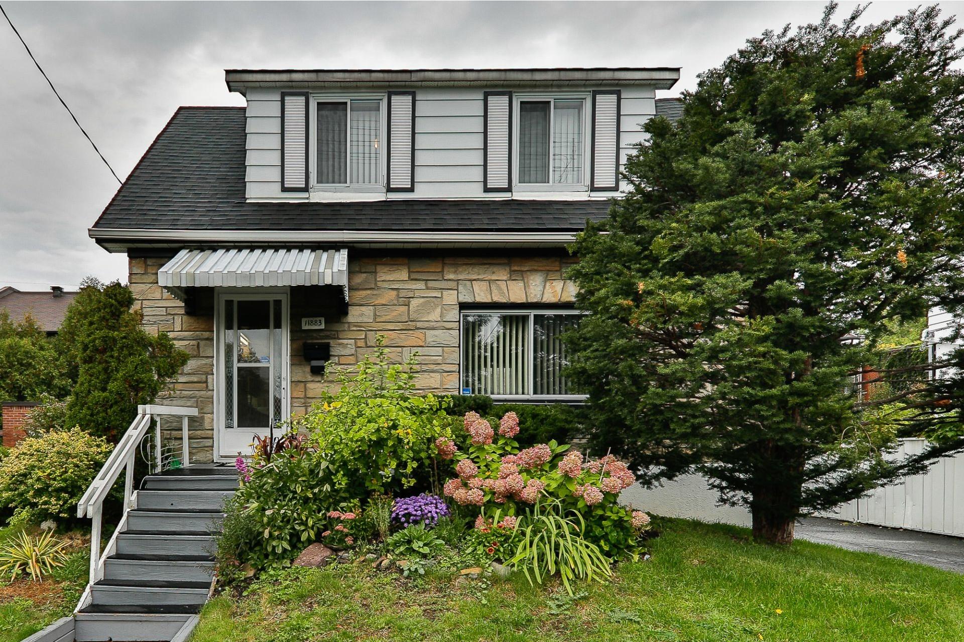 image 25 - Maison À vendre Ahuntsic-Cartierville Montréal  - 8 pièces