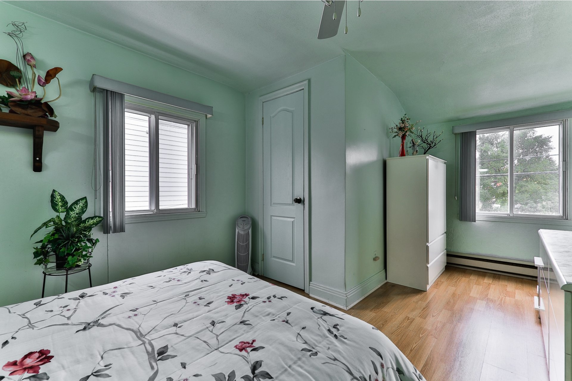image 13 - House For sale Ahuntsic-Cartierville Montréal  - 8 rooms