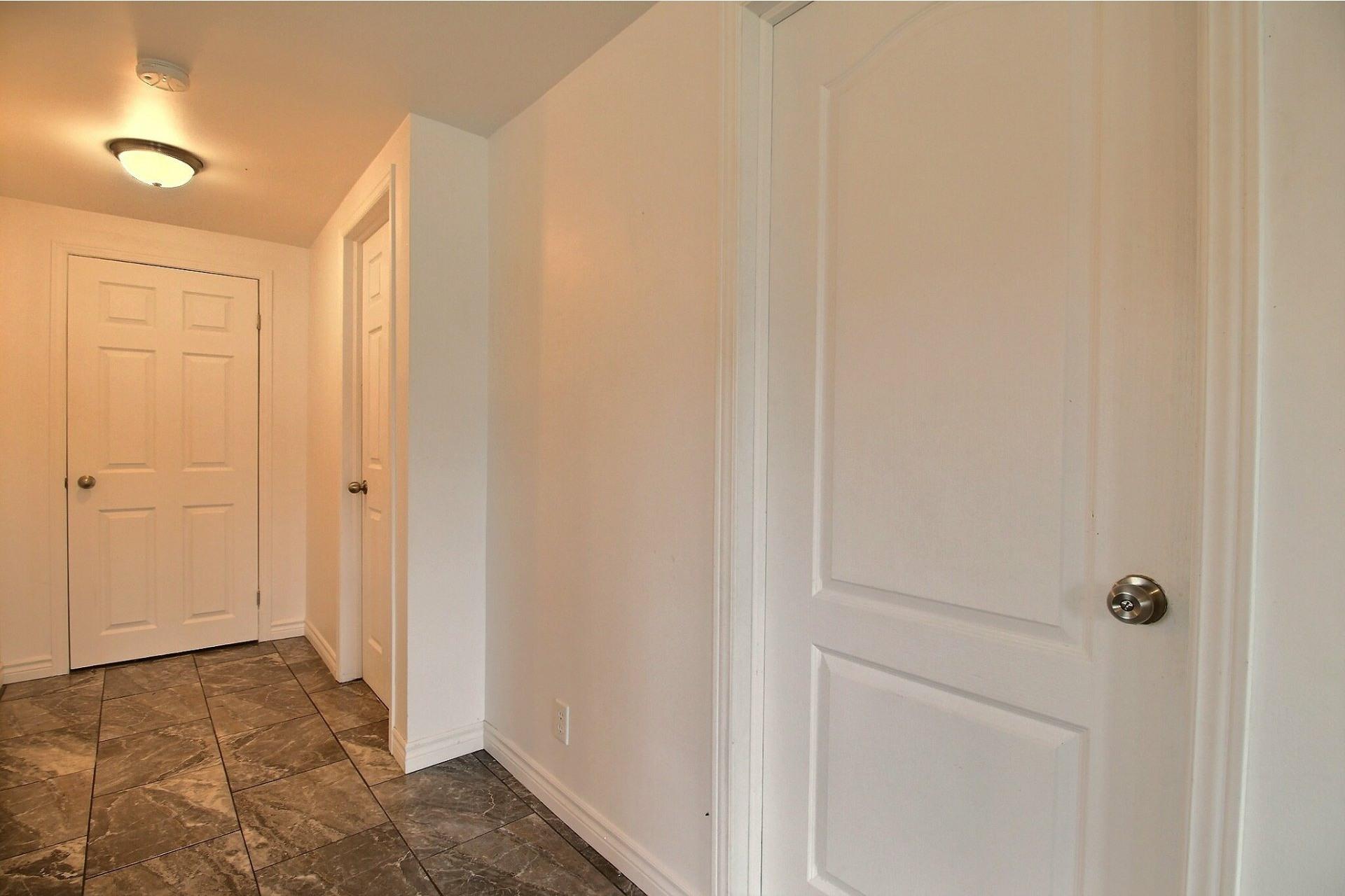 image 5 - House For sale La Plaine Terrebonne  - 8 rooms