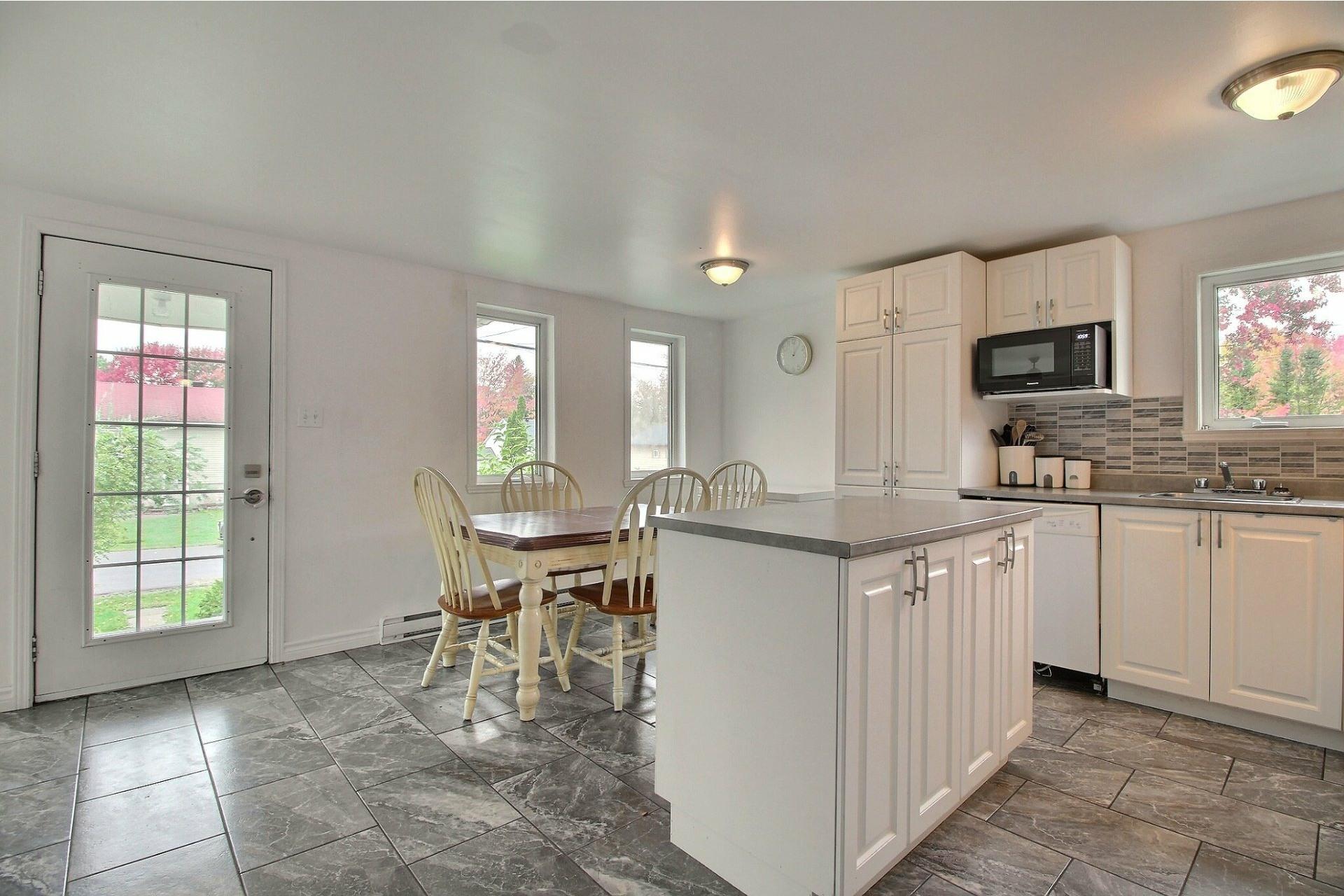image 4 - House For sale La Plaine Terrebonne  - 8 rooms