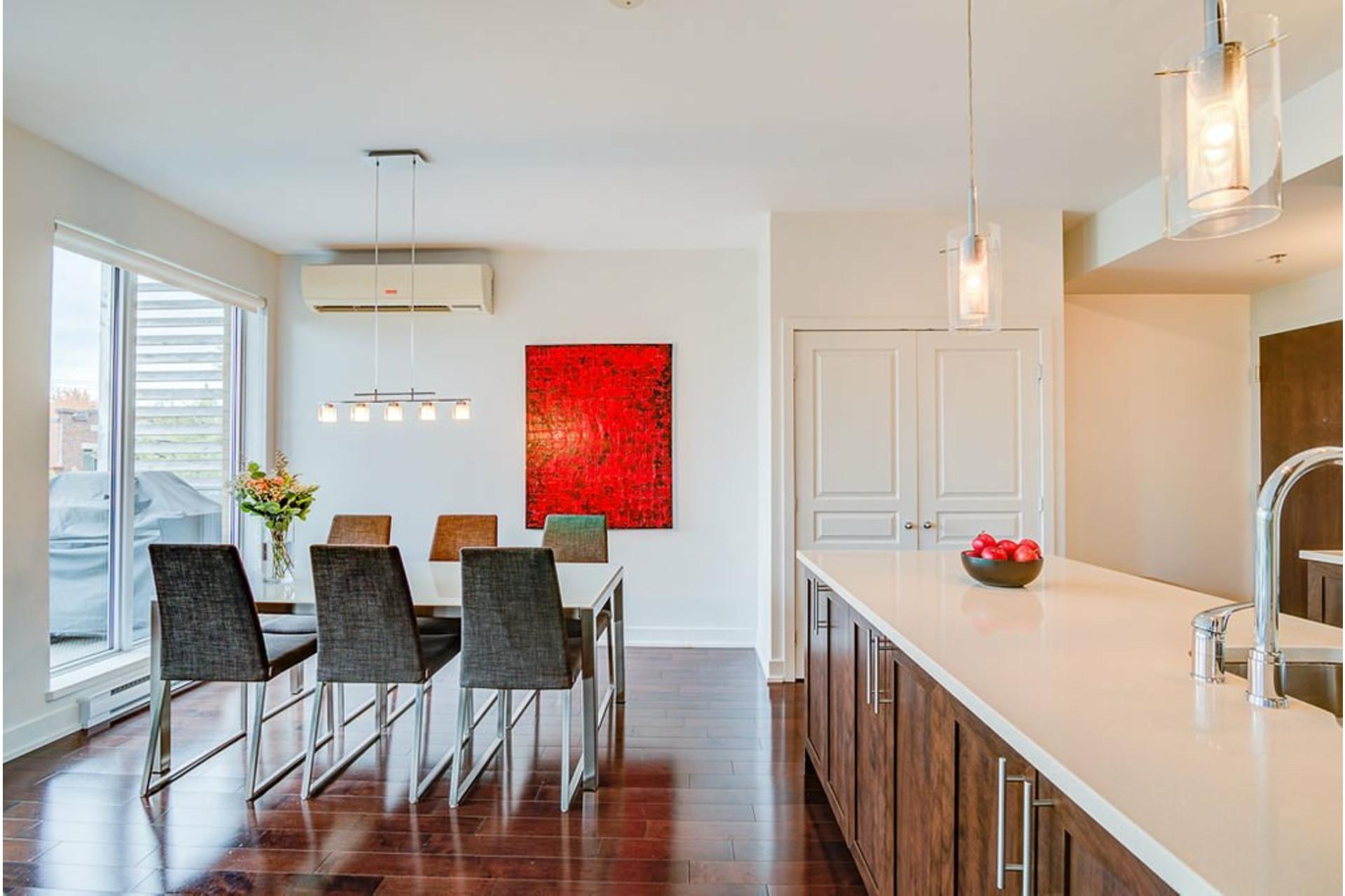 image 8 - Appartement À vendre Villeray/Saint-Michel/Parc-Extension Montréal  - 6 pièces