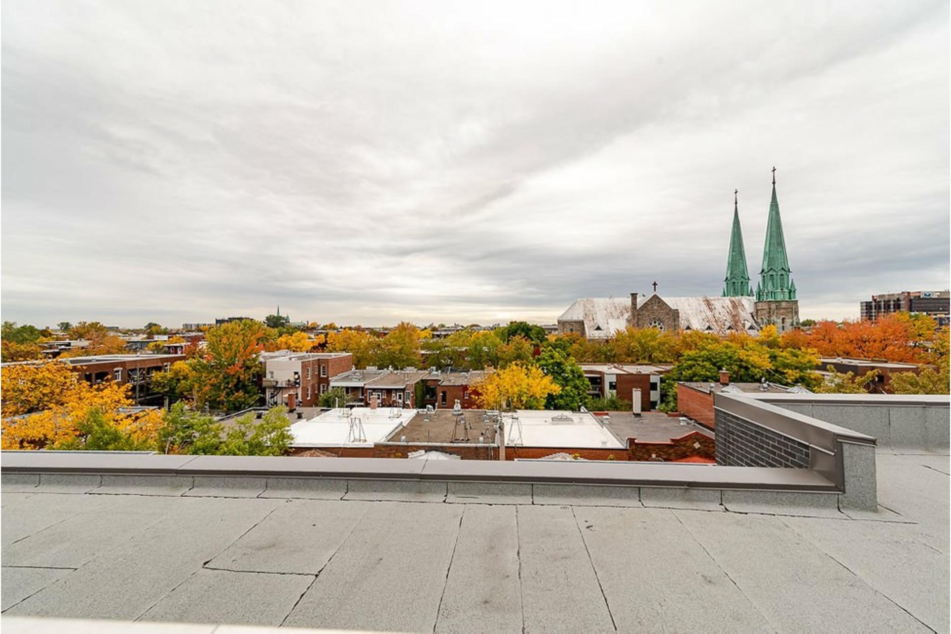 image 31 - Appartement À vendre Villeray/Saint-Michel/Parc-Extension Montréal  - 6 pièces
