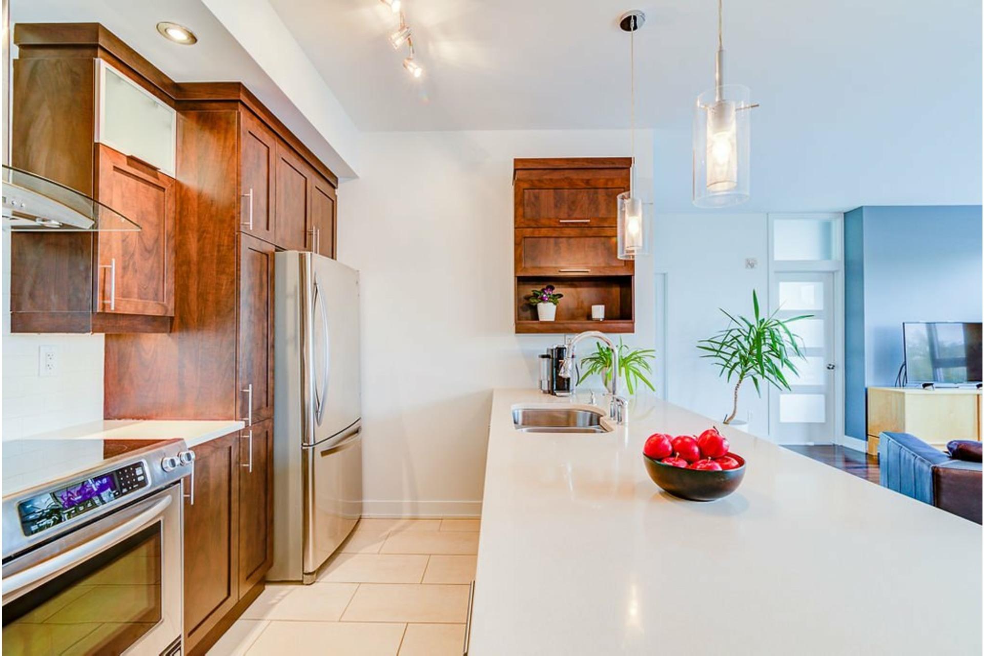 image 14 - Appartement À vendre Villeray/Saint-Michel/Parc-Extension Montréal  - 6 pièces