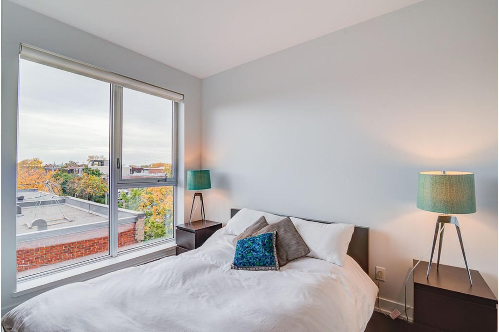 image 19 - Appartement À vendre Villeray/Saint-Michel/Parc-Extension Montréal  - 6 pièces