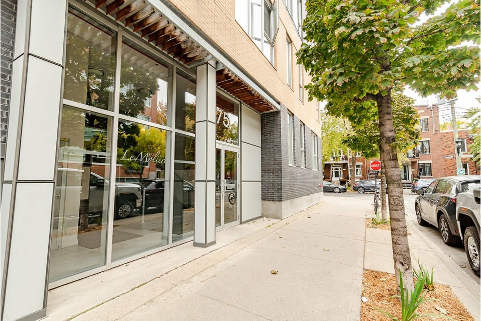 image 34 - Appartement À vendre Villeray/Saint-Michel/Parc-Extension Montréal  - 6 pièces