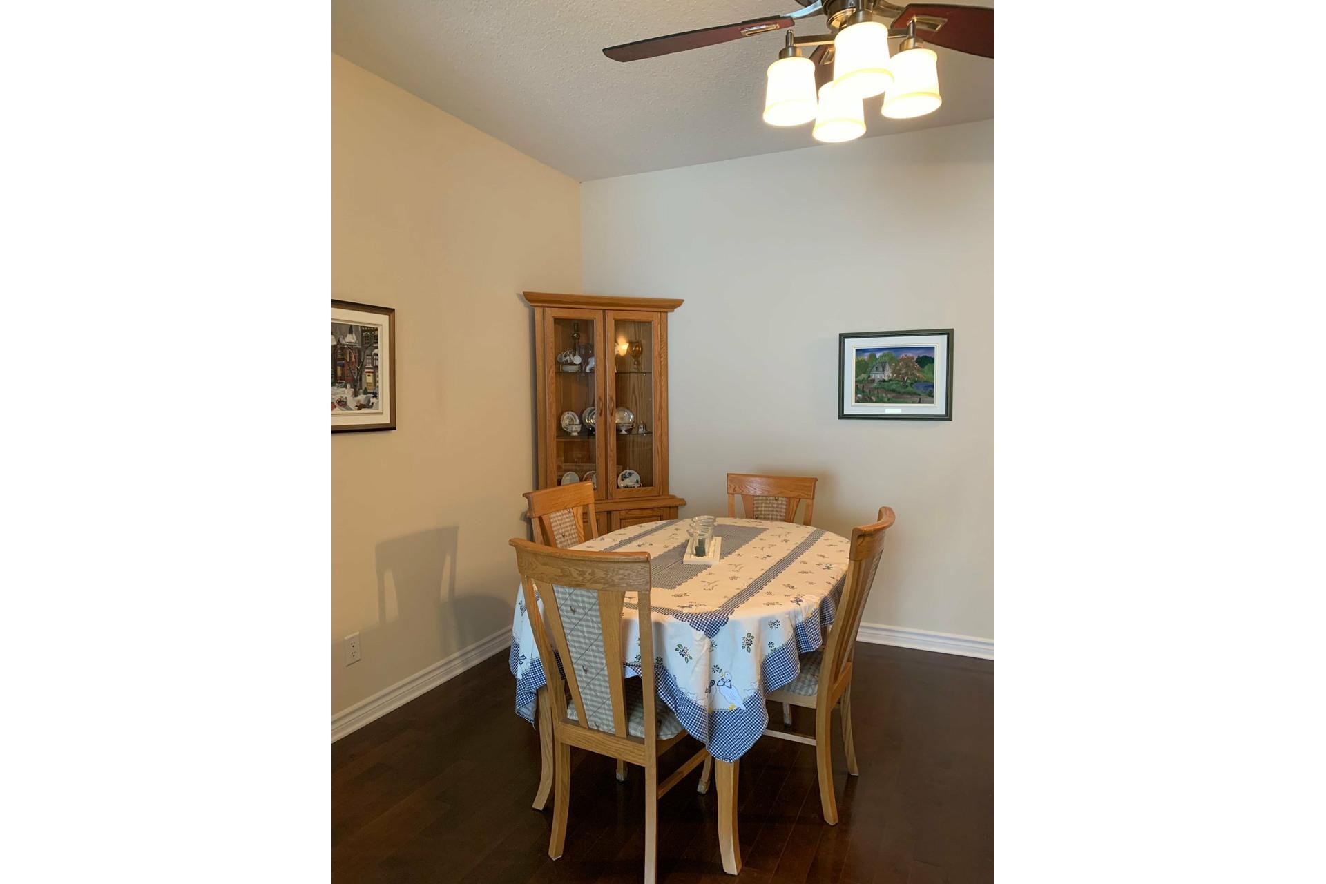 image 4 - Apartment For rent Dollard-Des Ormeaux - 4 rooms