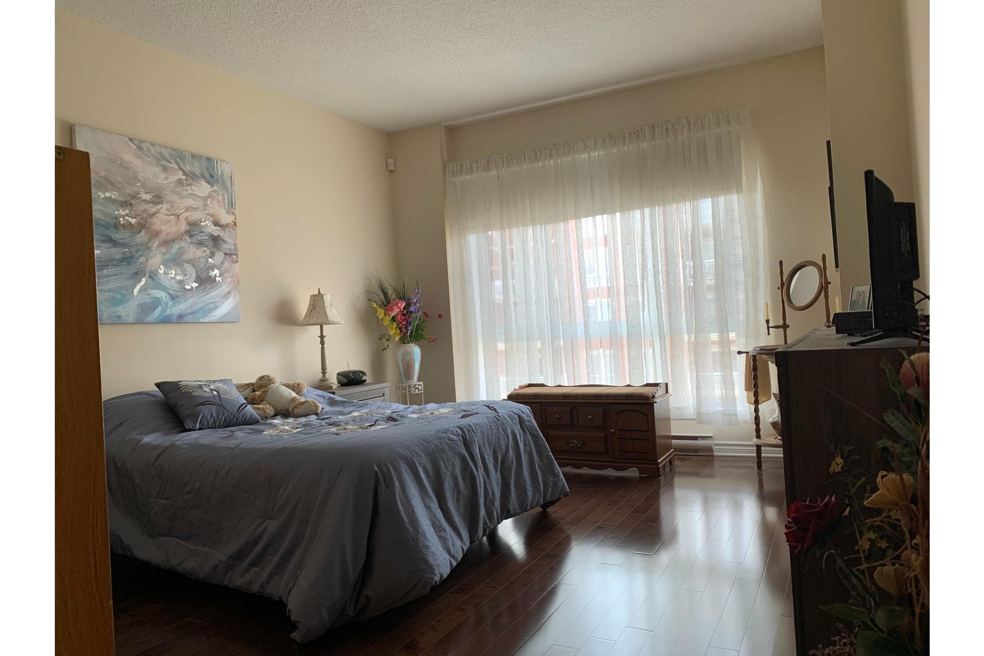 image 7 - Apartment For rent Dollard-Des Ormeaux - 4 rooms