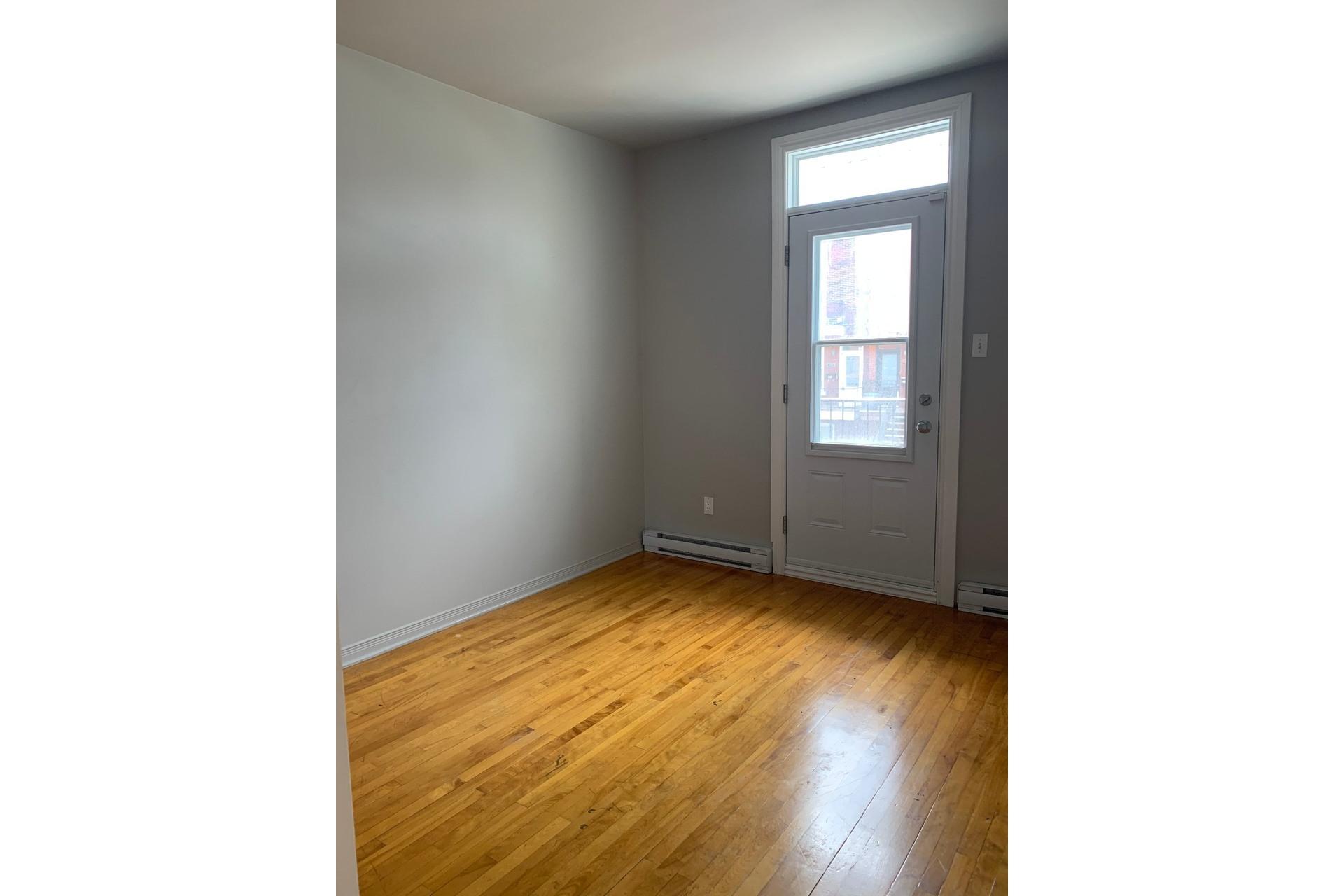 image 4 - Immeuble à revenus À vendre Le Sud-Ouest Montréal  - 4 pièces