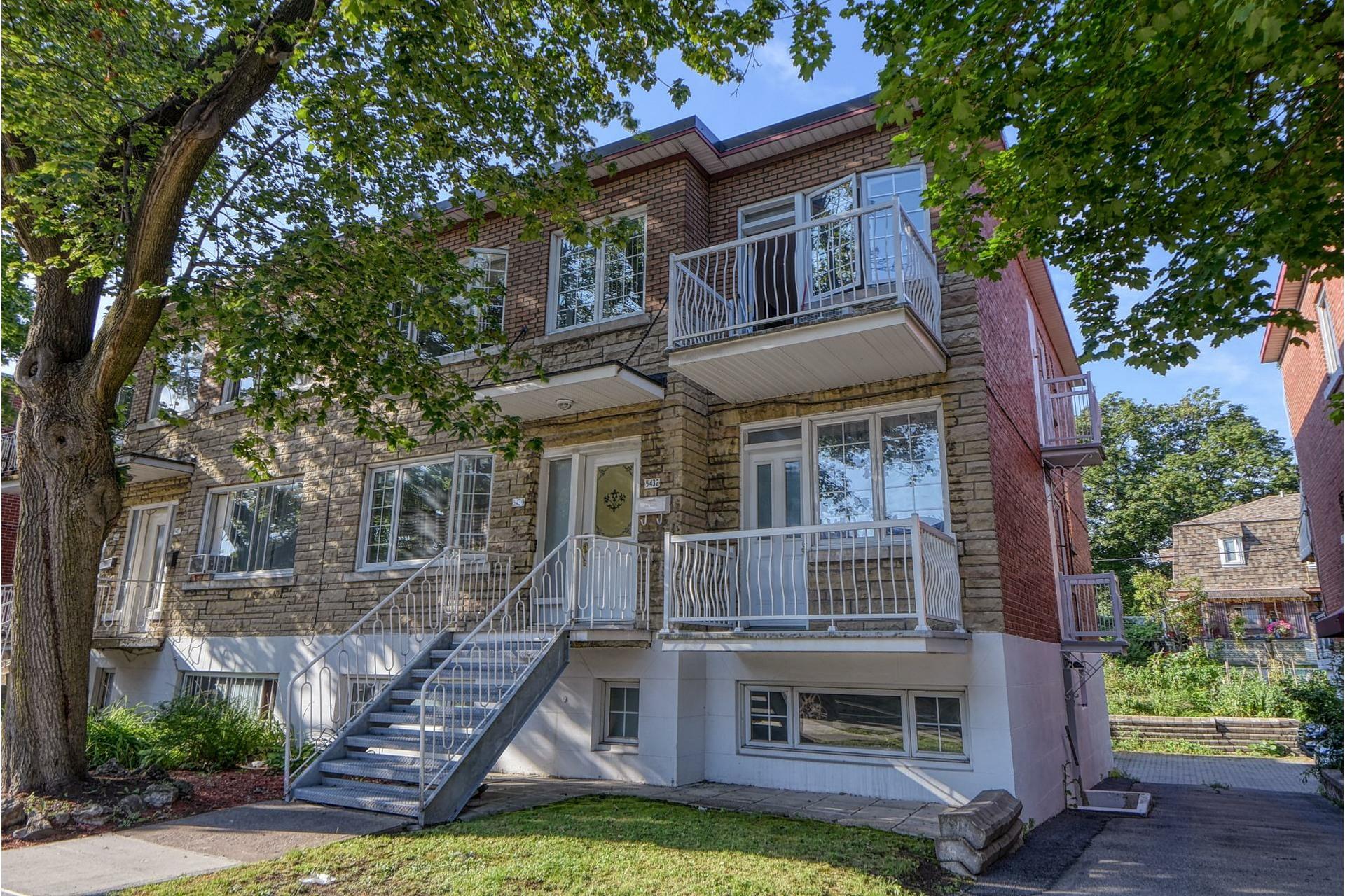 image 0 - Apartment For rent Côte-des-Neiges/Notre-Dame-de-Grâce Montréal  - 6 rooms