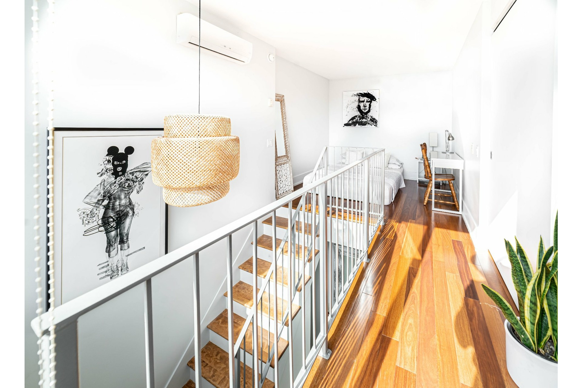 image 16 - Apartment For rent Le Sud-Ouest Montréal  - 4 rooms