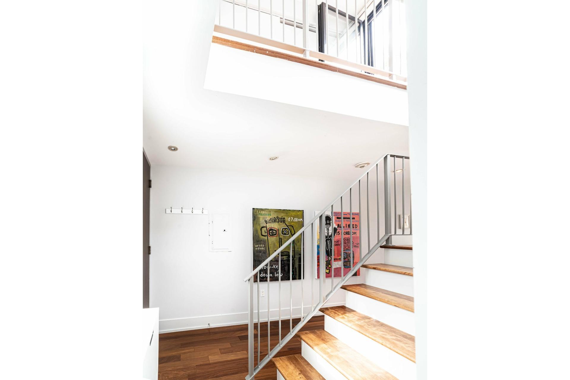 image 13 - Apartment For rent Le Sud-Ouest Montréal  - 4 rooms