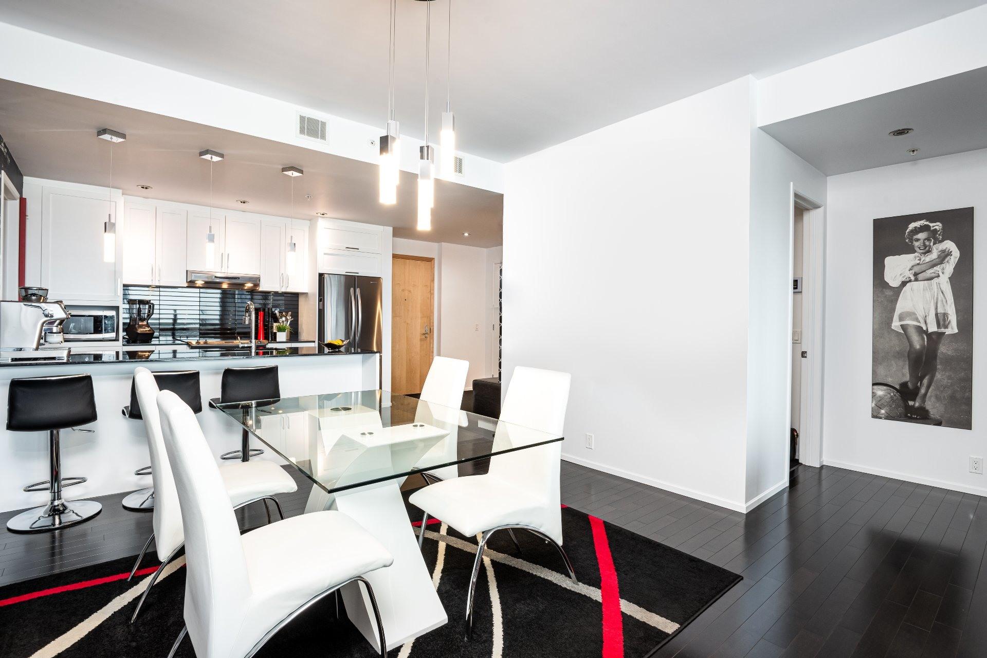 image 8 - Appartement À vendre Les Rivières Québec  - 9 pièces