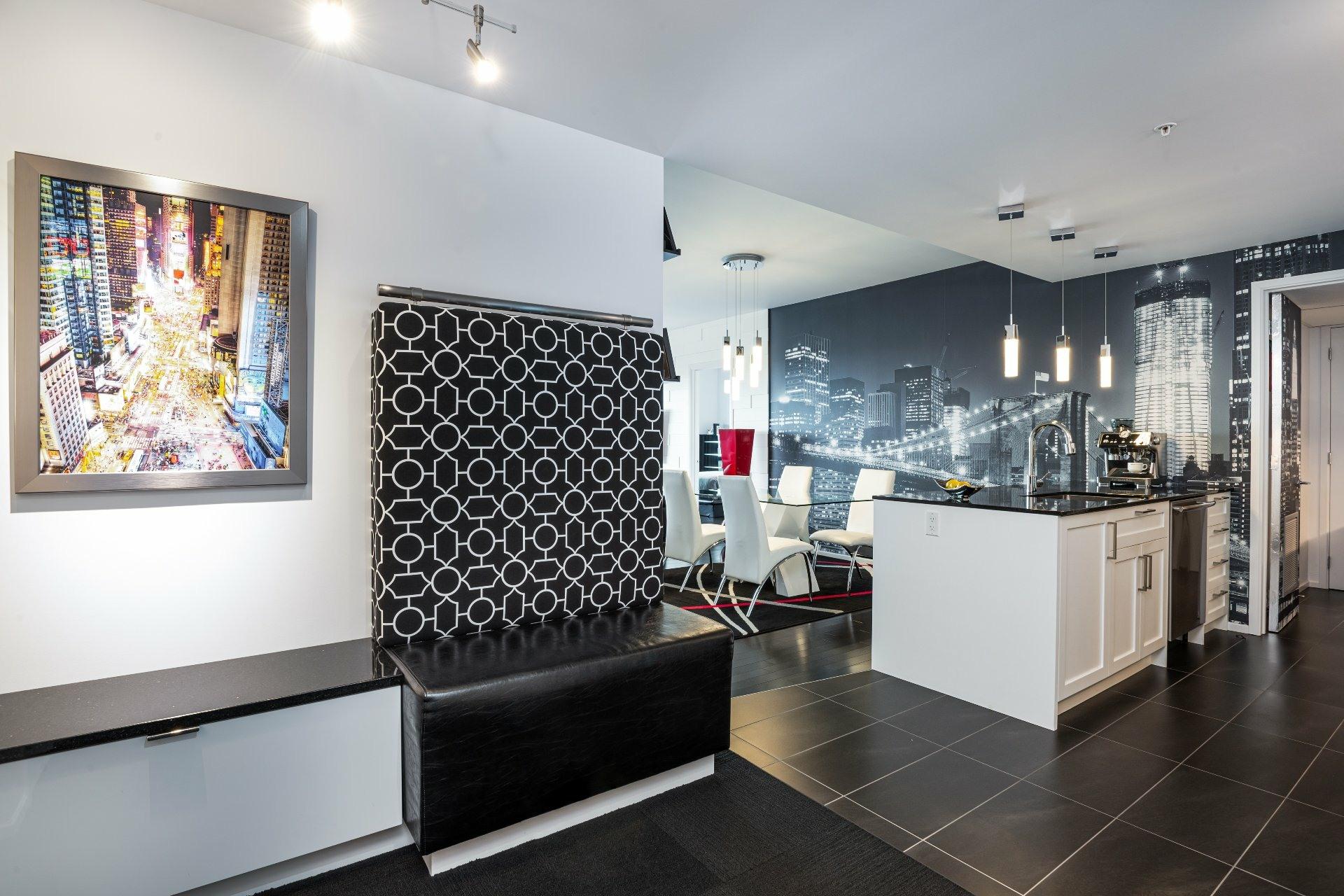 image 1 - Appartement À vendre Les Rivières Québec  - 9 pièces