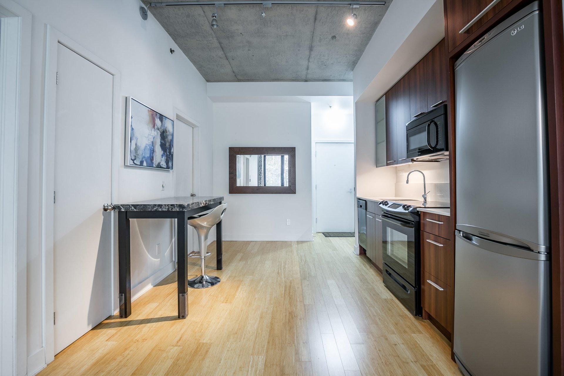 image 7 - Appartement À vendre Le Sud-Ouest Montréal  - 4 pièces
