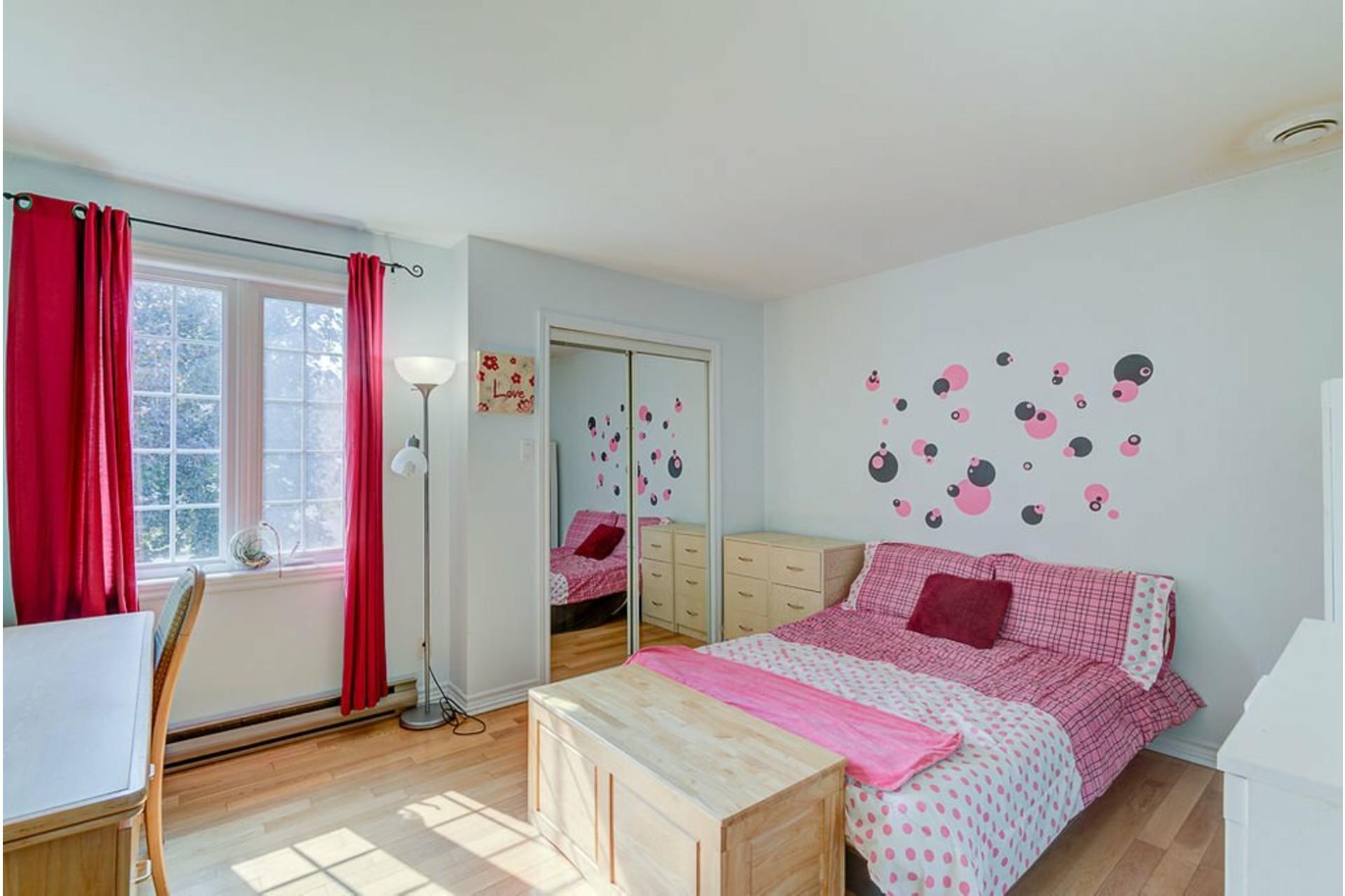 image 22 - House For sale Sainte-Anne-des-Plaines - 11 rooms