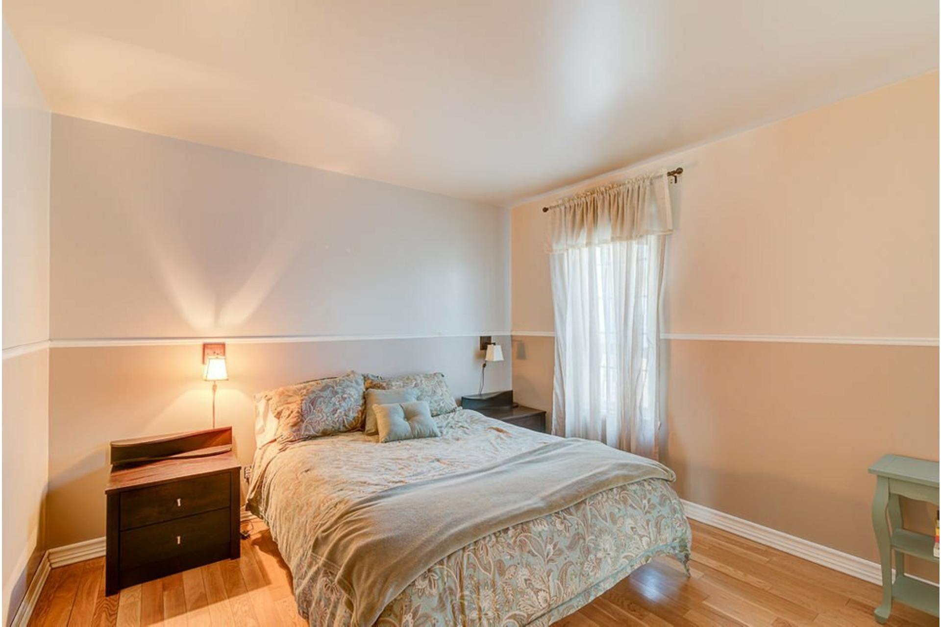 image 18 - House For sale Sainte-Anne-des-Plaines - 11 rooms