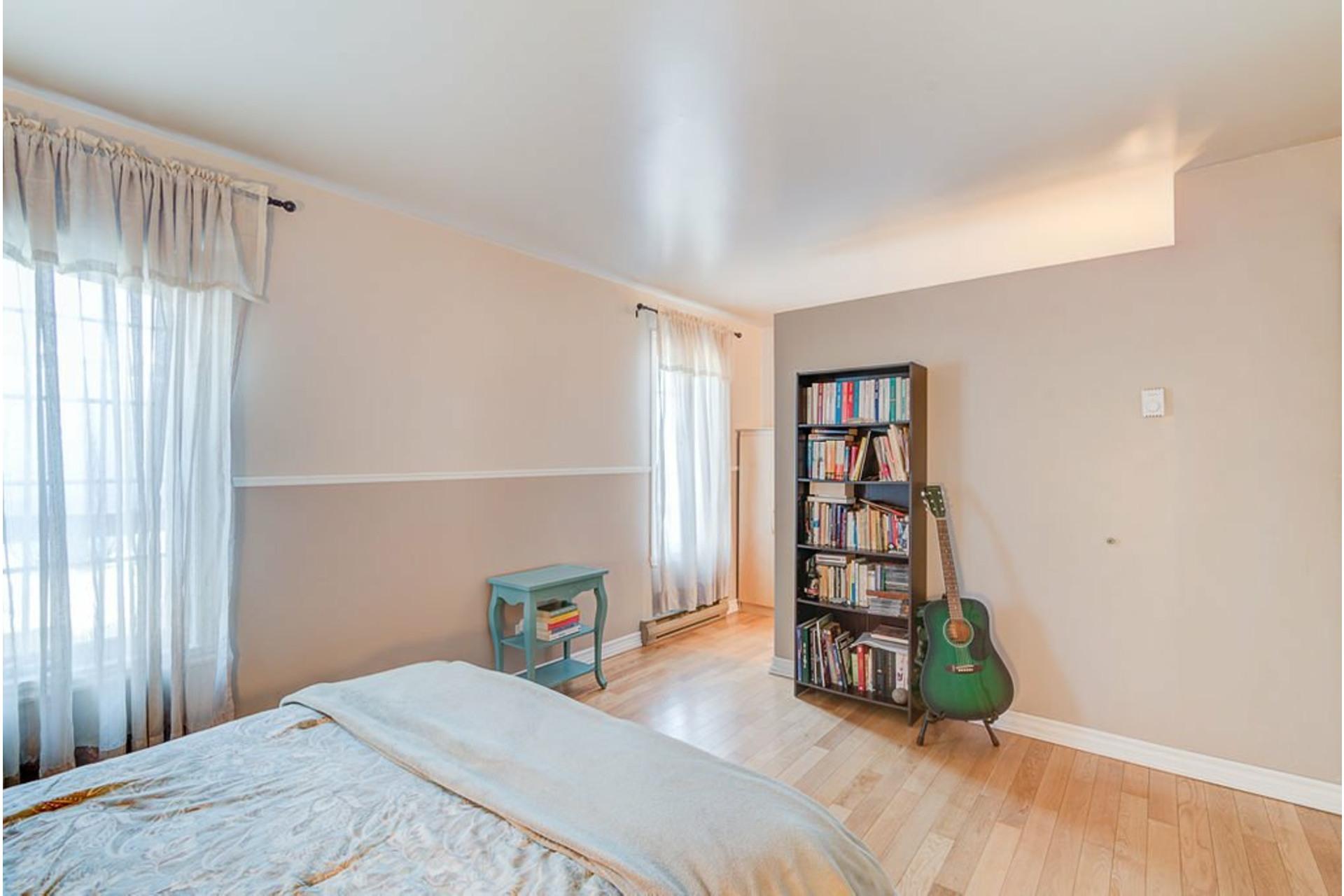 image 19 - House For sale Sainte-Anne-des-Plaines - 11 rooms