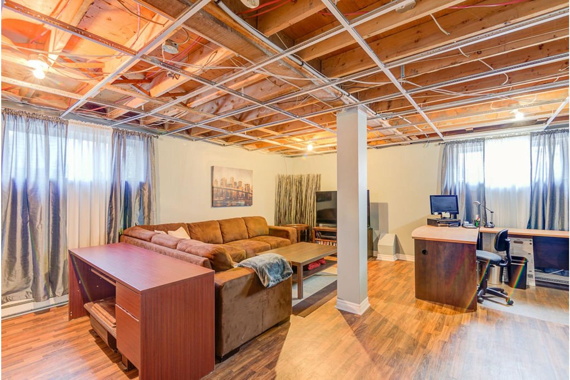 image 28 - House For sale Sainte-Anne-des-Plaines - 11 rooms