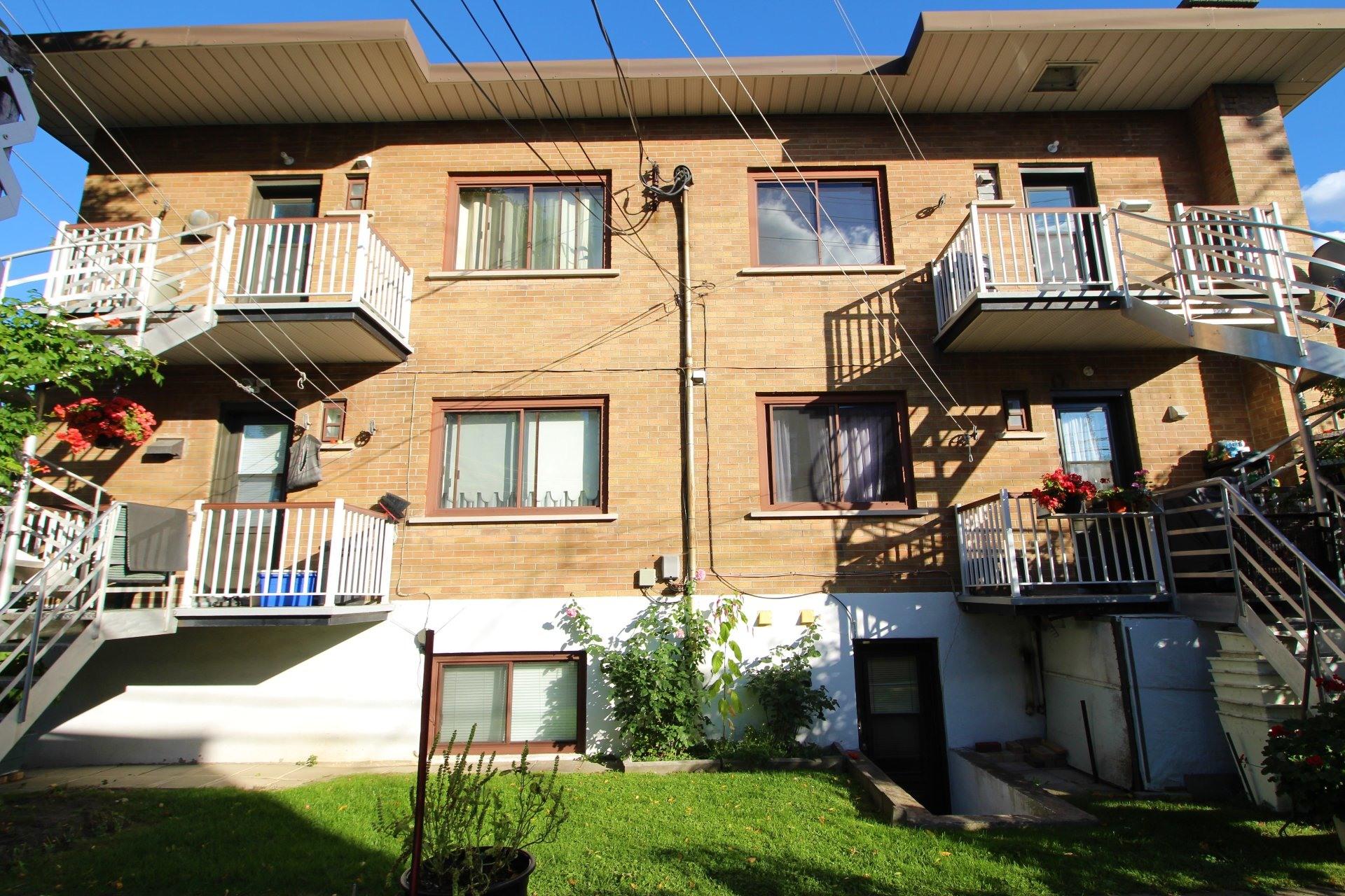 image 23 - Appartement À louer Saint-Léonard Montréal  - 6 pièces