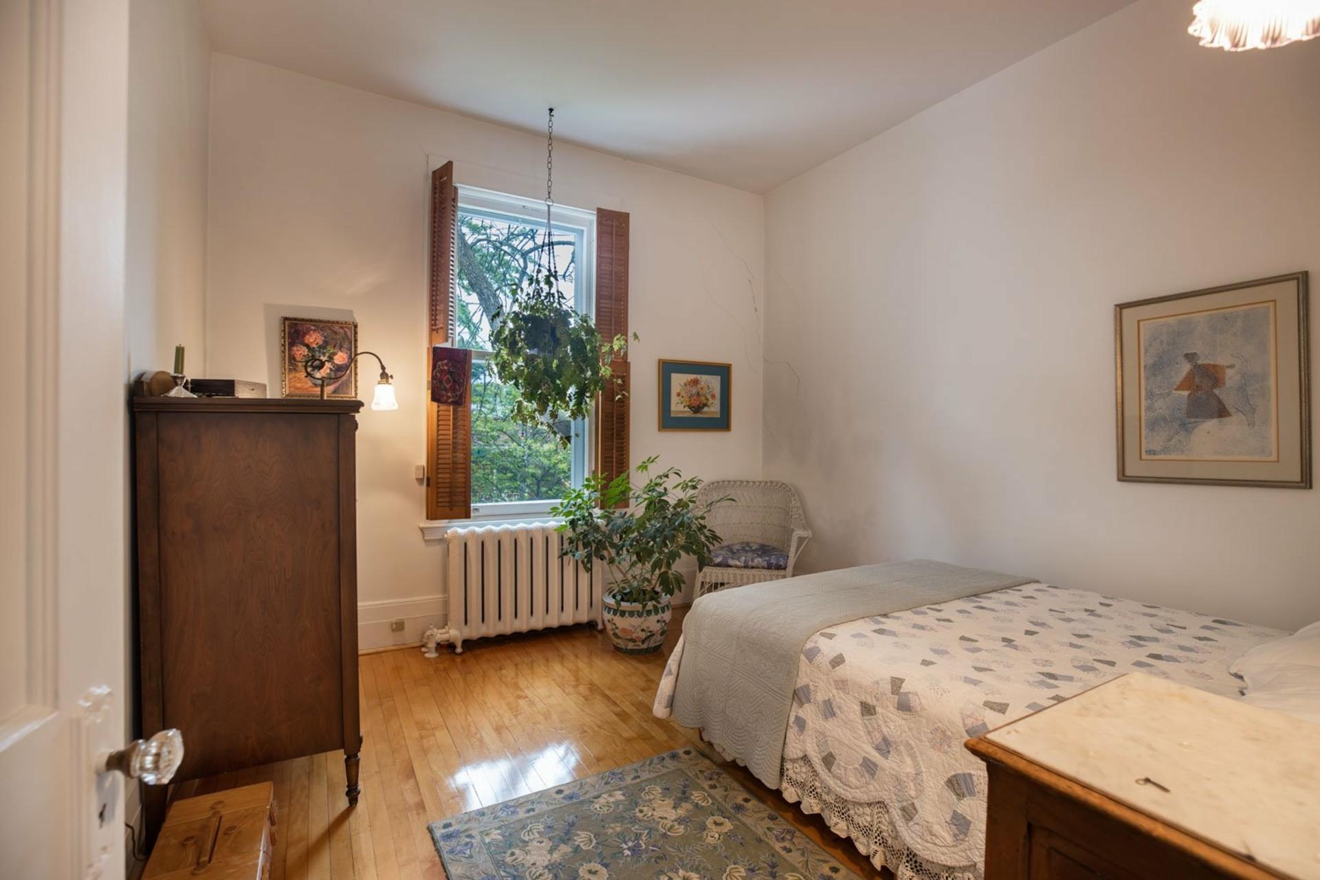 image 8 - Maison À vendre Côte-des-Neiges/Notre-Dame-de-Grâce Montréal  - 10 pièces