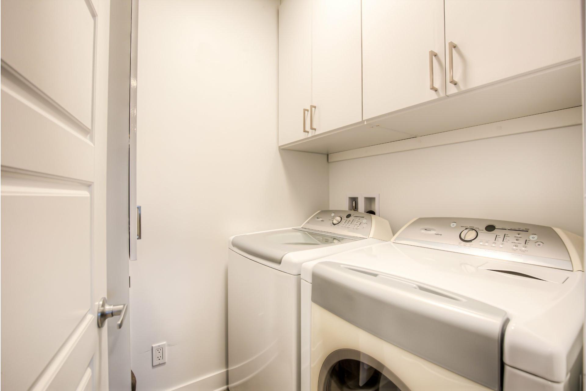 image 17 - Appartement À vendre Beaconsfield - 8 pièces