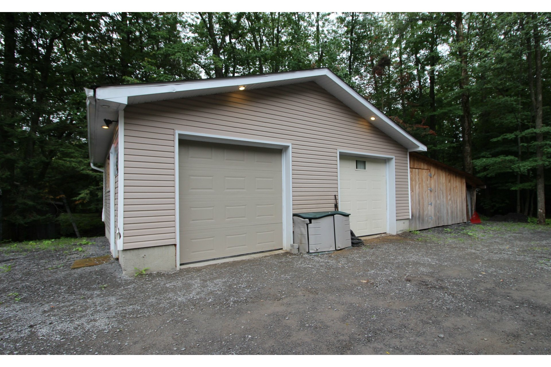 image 2 - House For sale Mascouche - 15 rooms