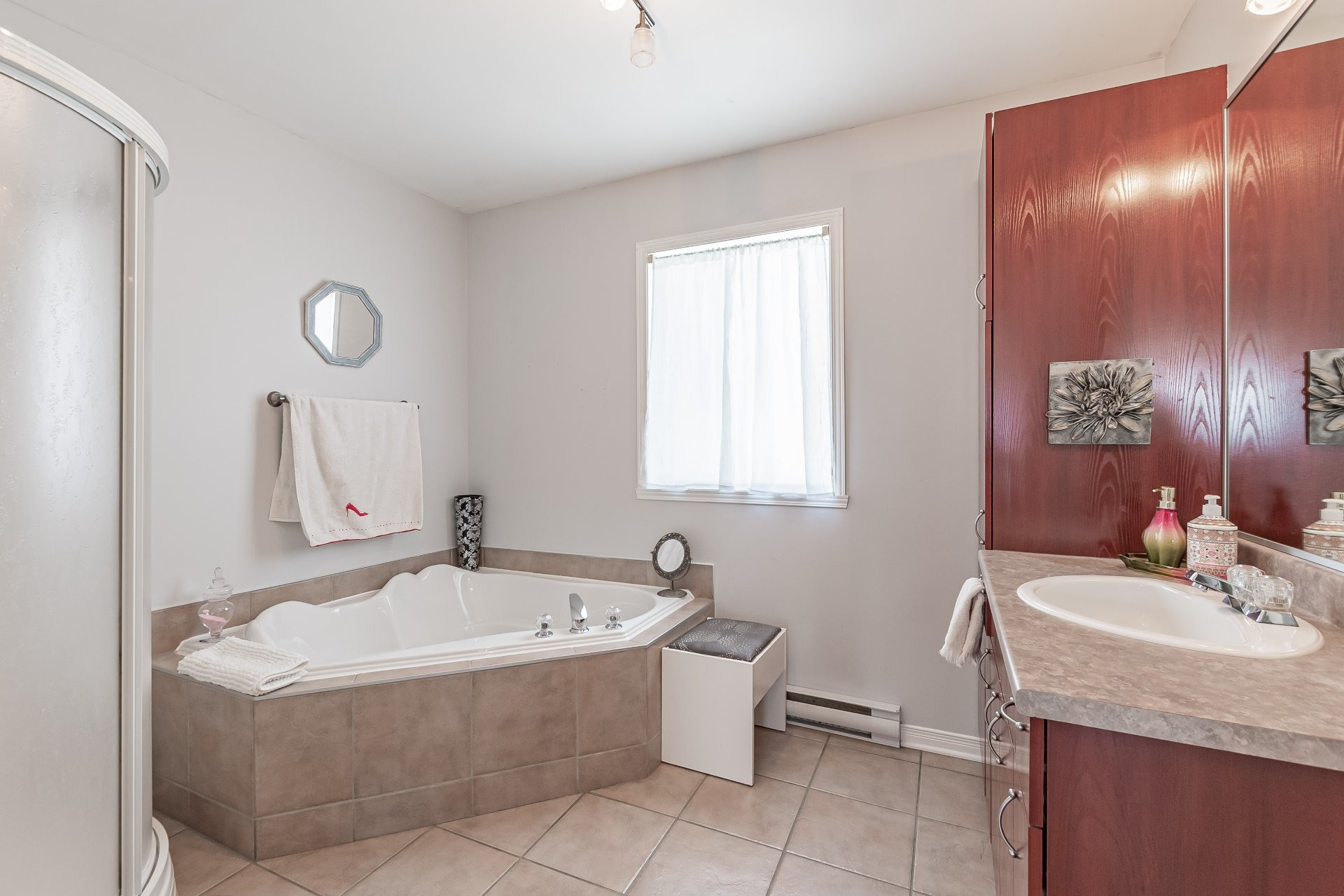 image 16 - Apartment For sale Sainte-Catherine - 5 rooms