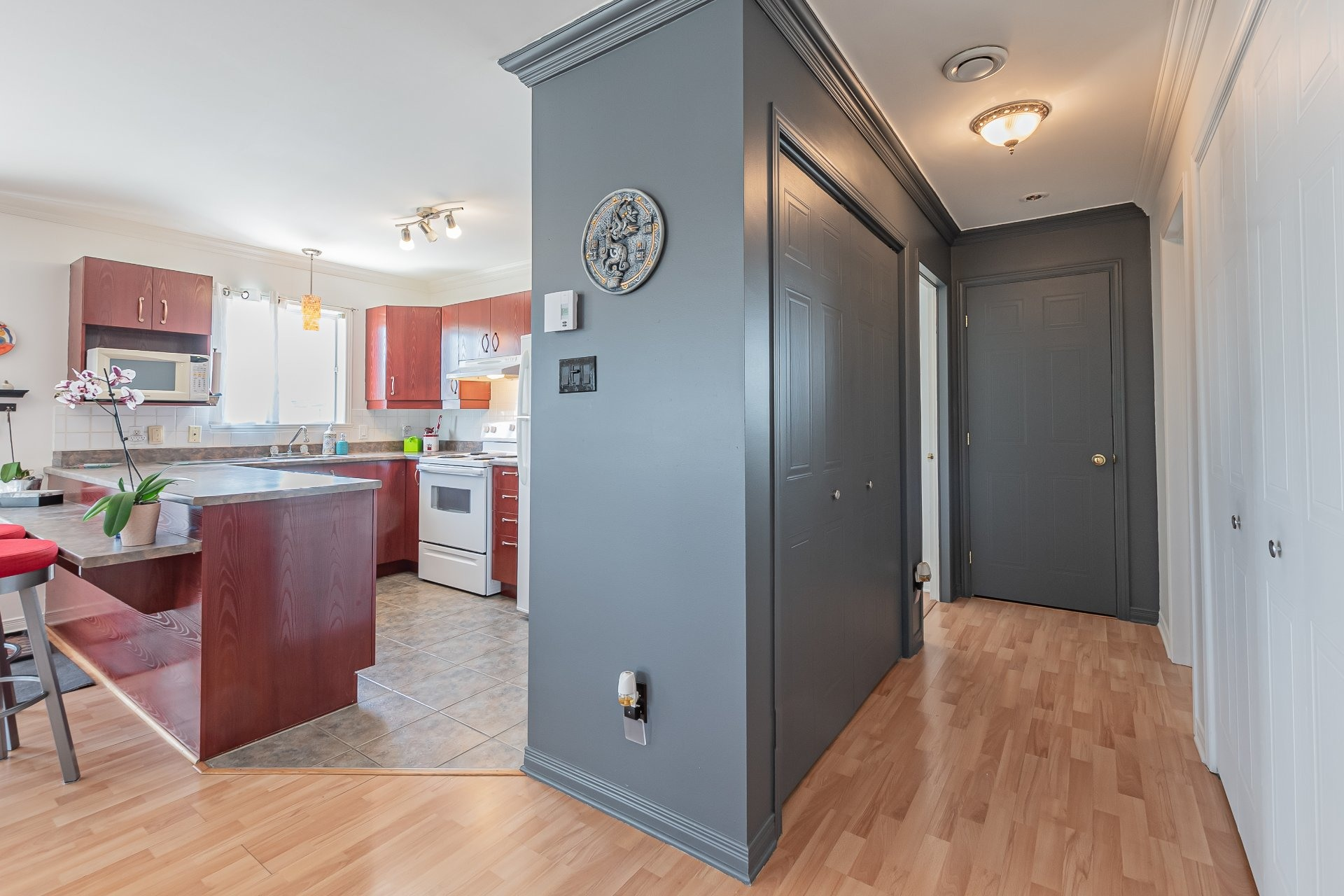 image 12 - Apartment For sale Sainte-Catherine - 5 rooms