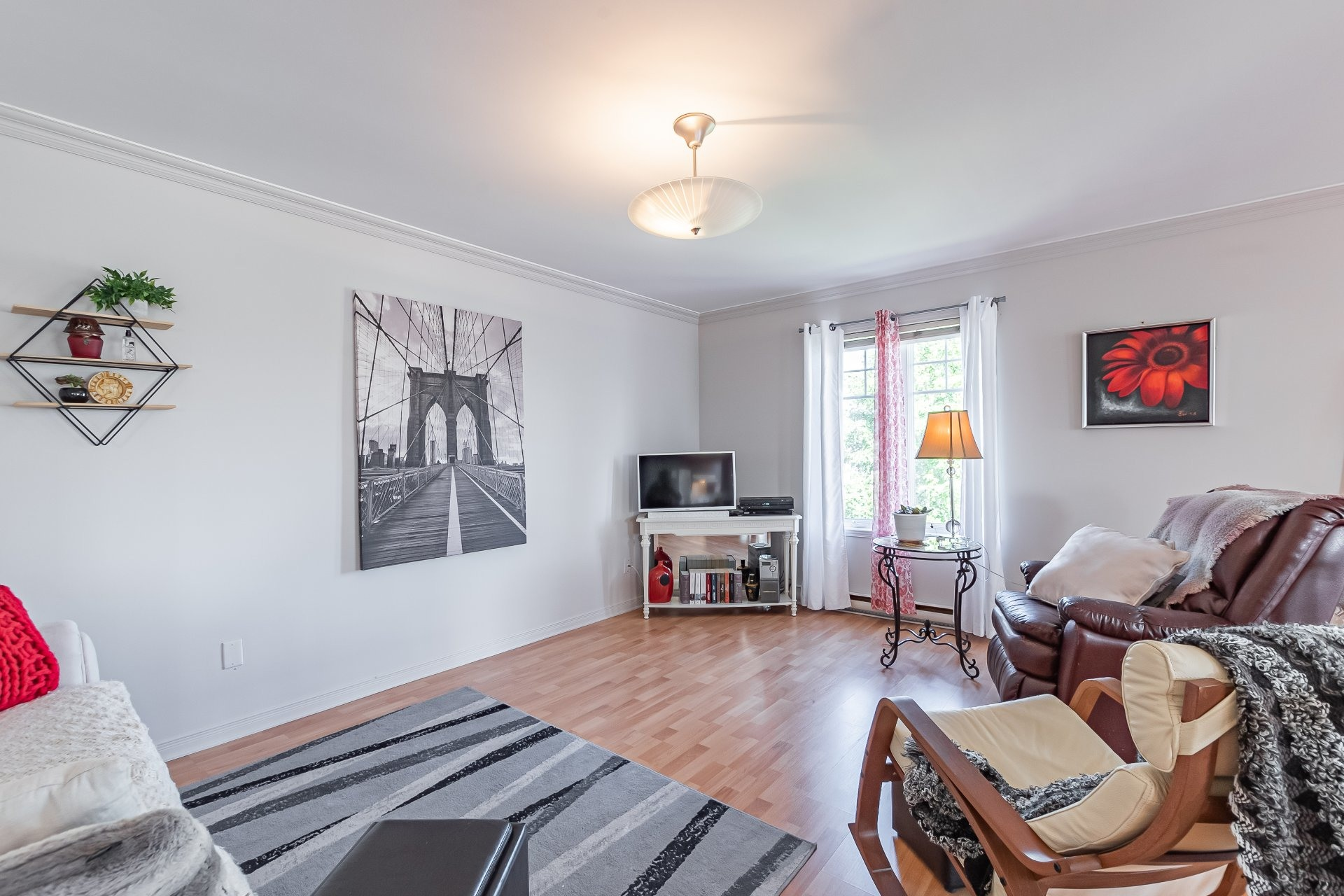 image 2 - Apartment For sale Sainte-Catherine - 5 rooms