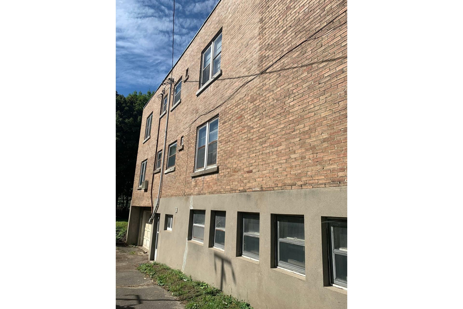 image 5 - Duplex À vendre Côte-des-Neiges/Notre-Dame-de-Grâce Montréal  - 5 pièces