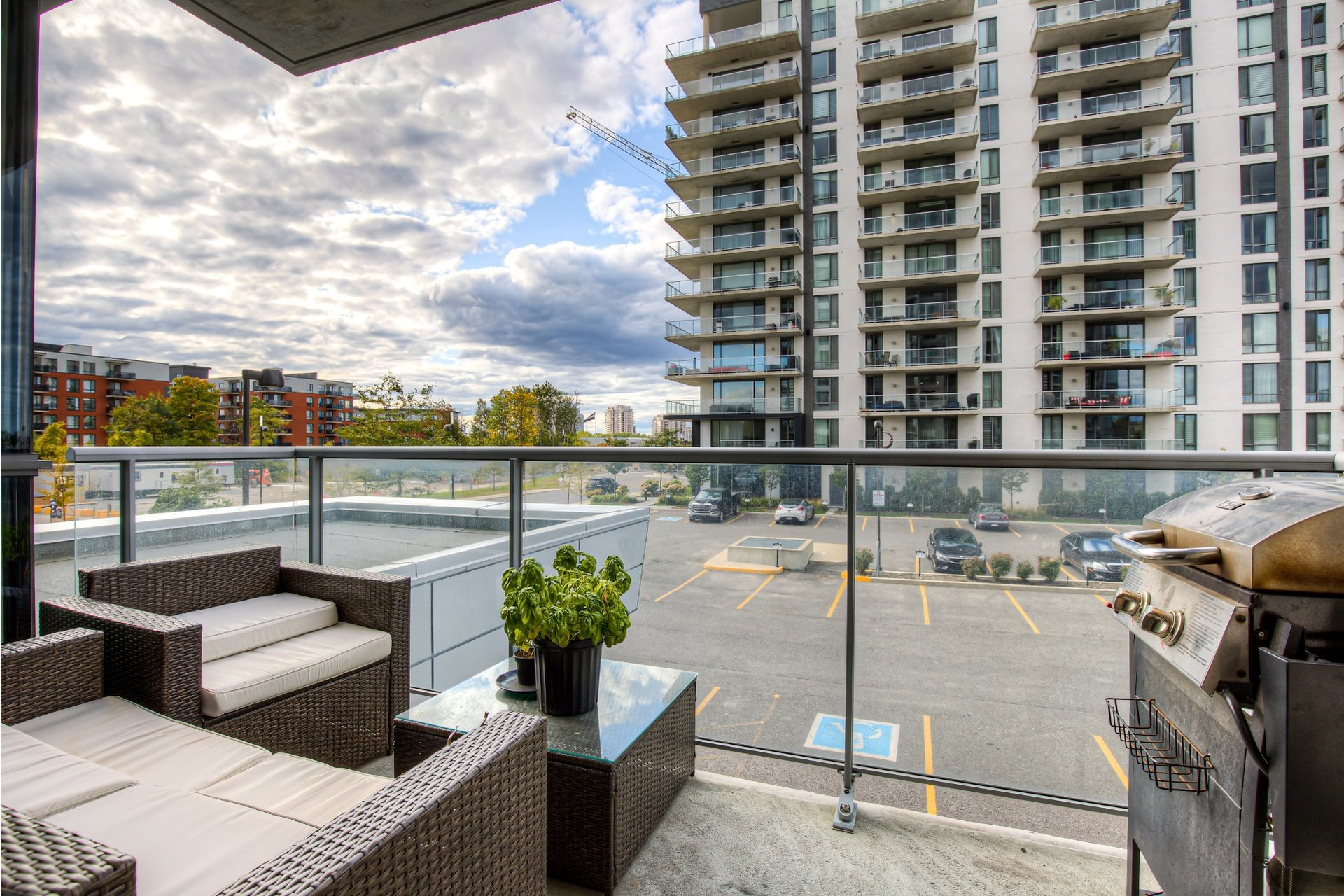 image 17 - Apartment For rent Chomedey Laval  - 5 rooms