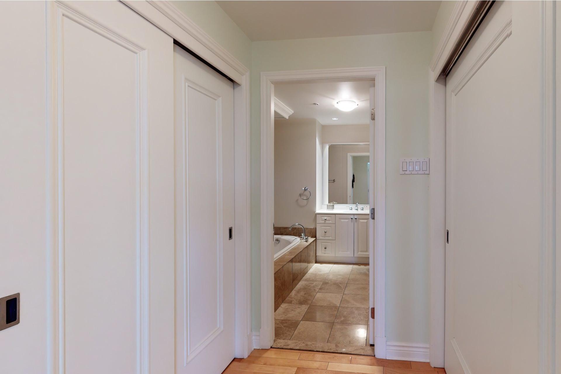 image 16 - Appartement À vendre Mont-Royal - 8 pièces