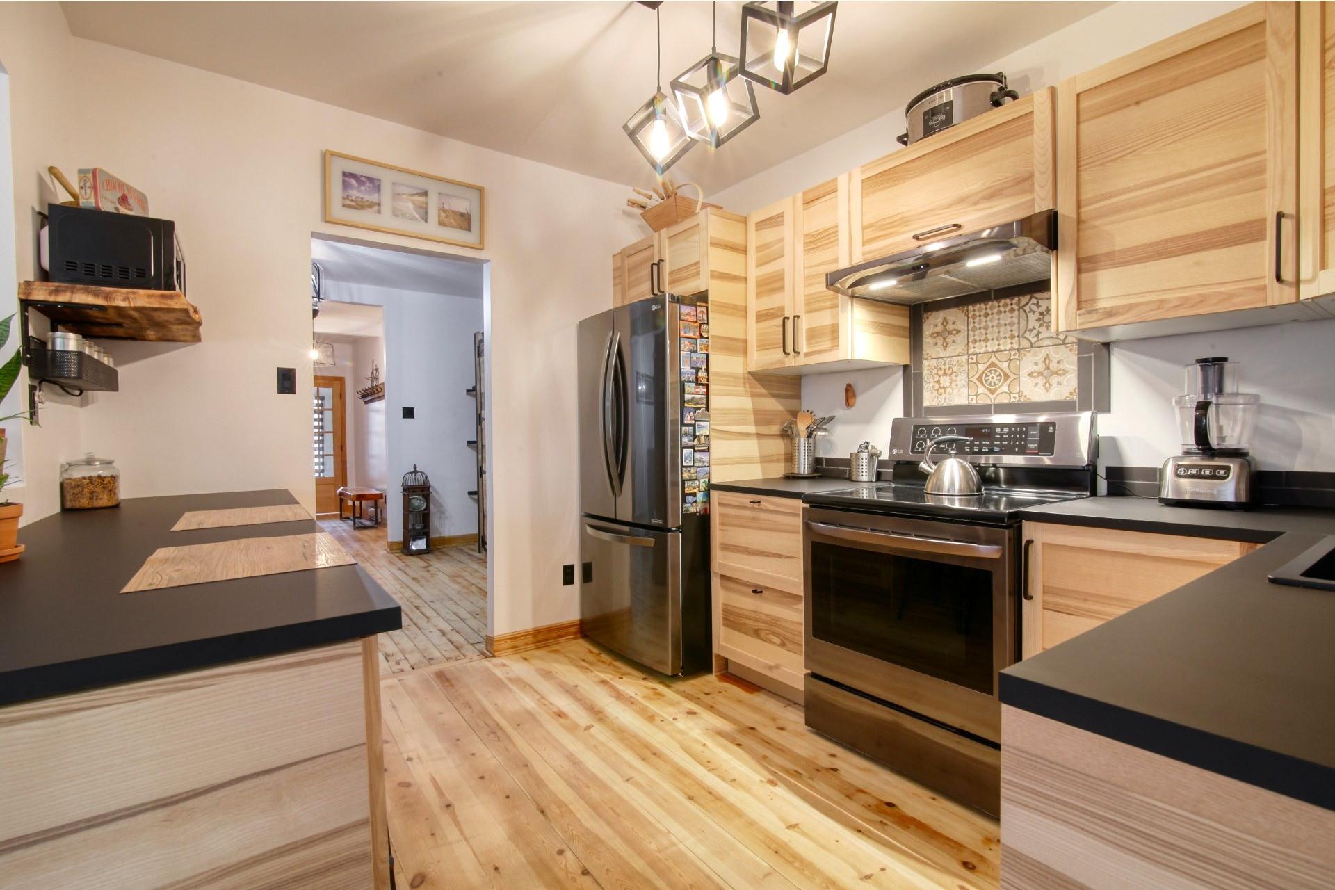 image 18 - Duplex For sale Verdun/Île-des-Soeurs Montréal  - 6 rooms