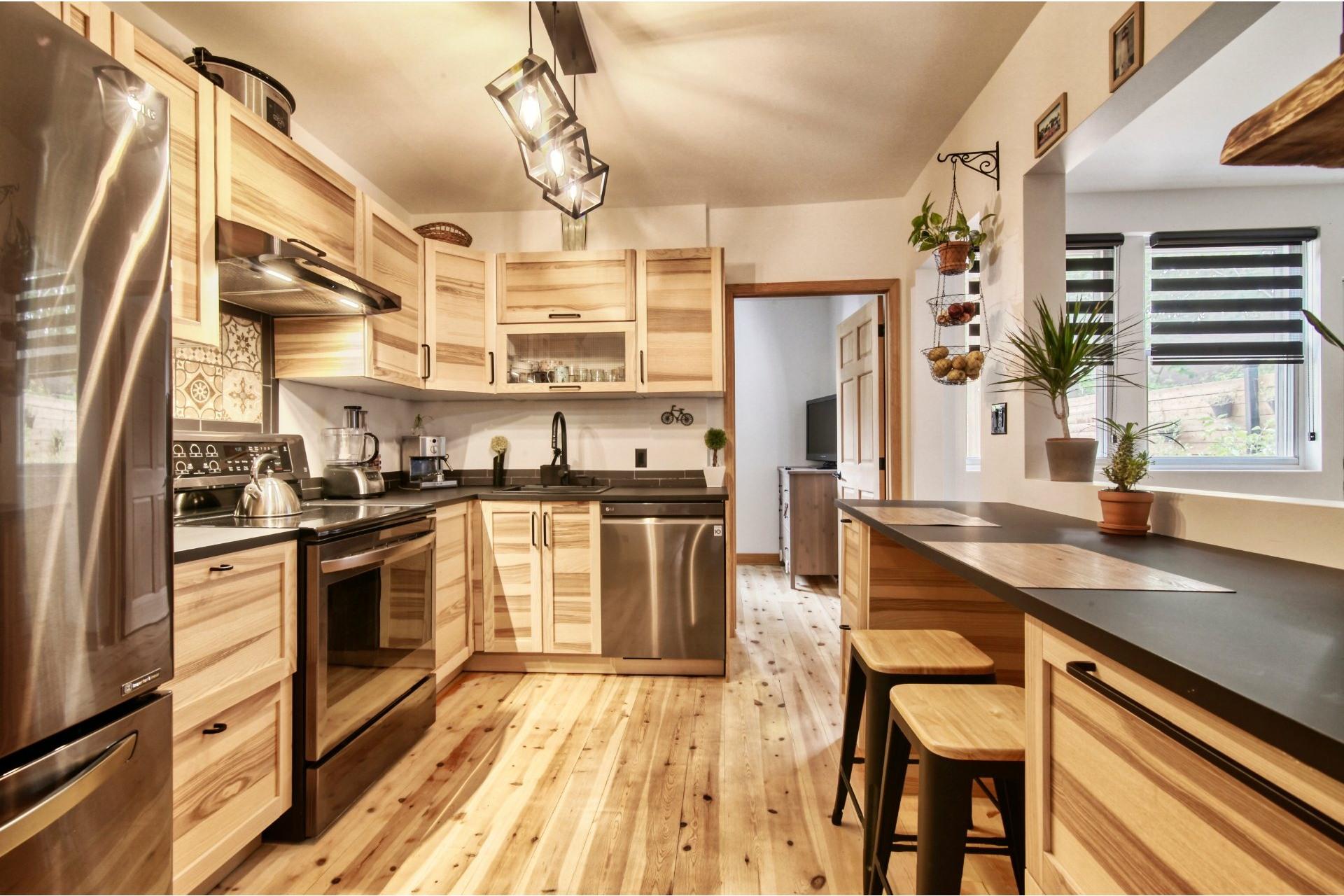 image 19 - Duplex For sale Verdun/Île-des-Soeurs Montréal  - 6 rooms