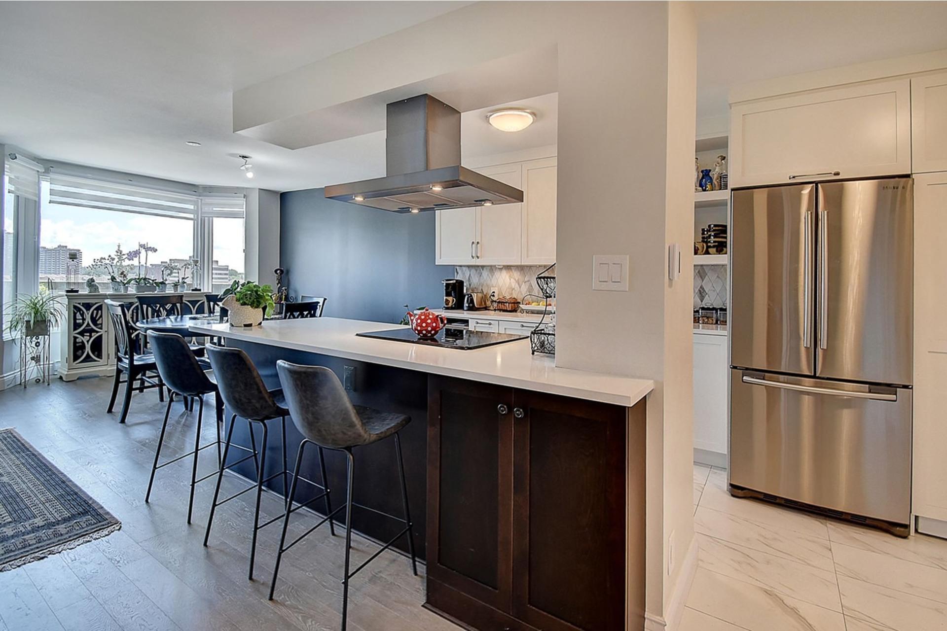 image 3 - Apartment For sale Côte-Saint-Luc - 8 rooms