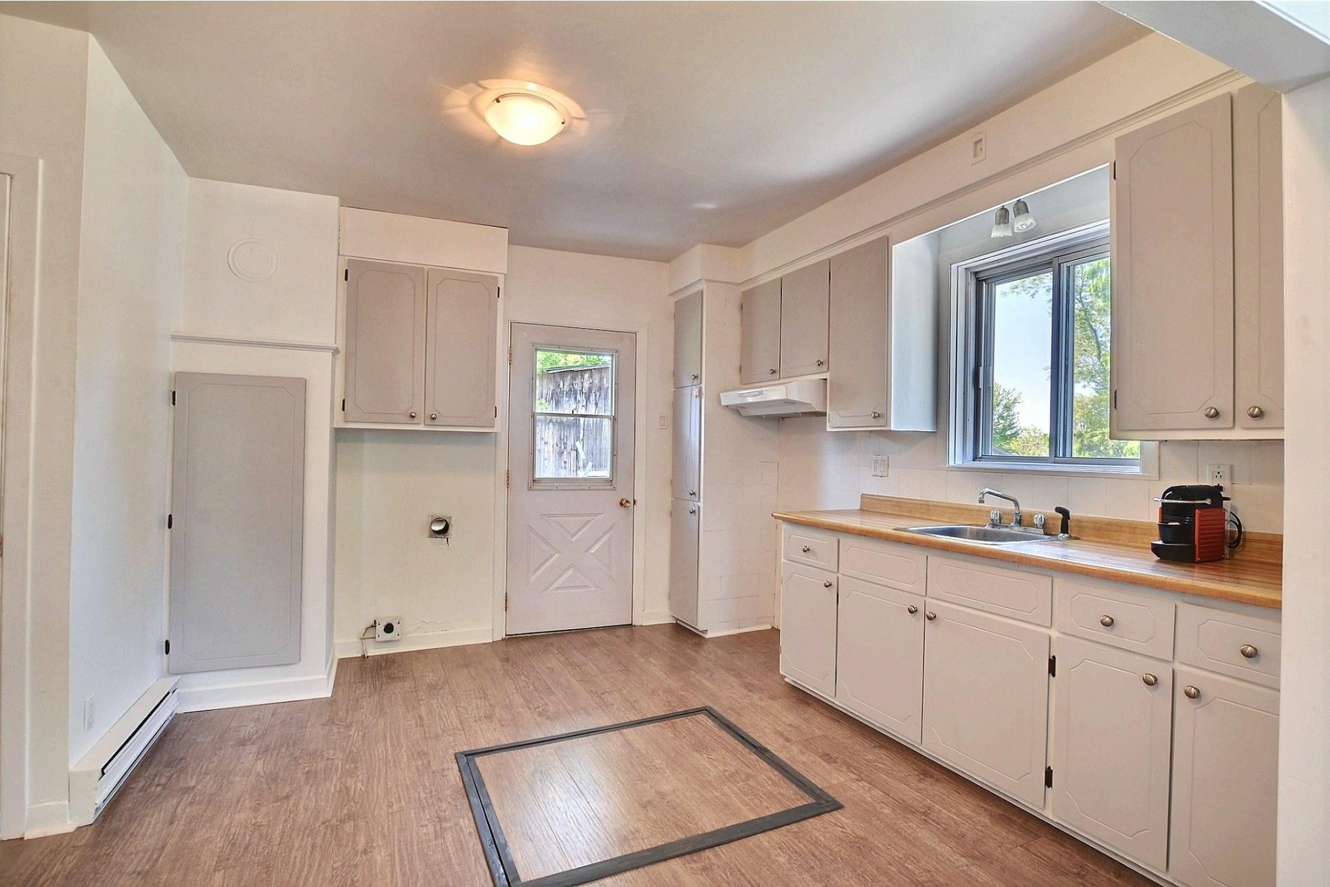 image 4 - Duplex For sale Sainte-Anne-des-Plaines - 4 rooms