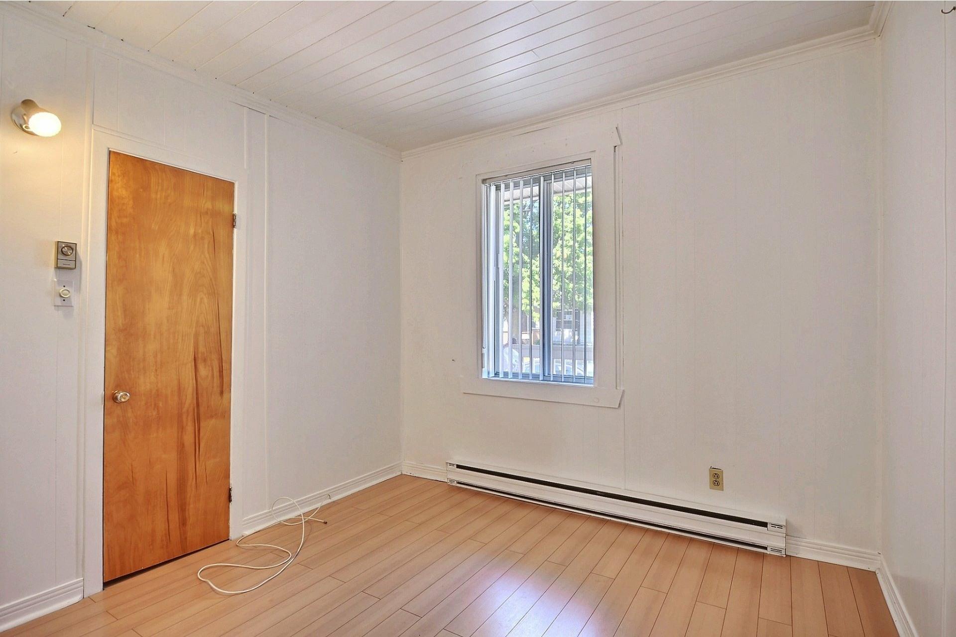 image 9 - Duplex For sale Sainte-Anne-des-Plaines - 4 rooms