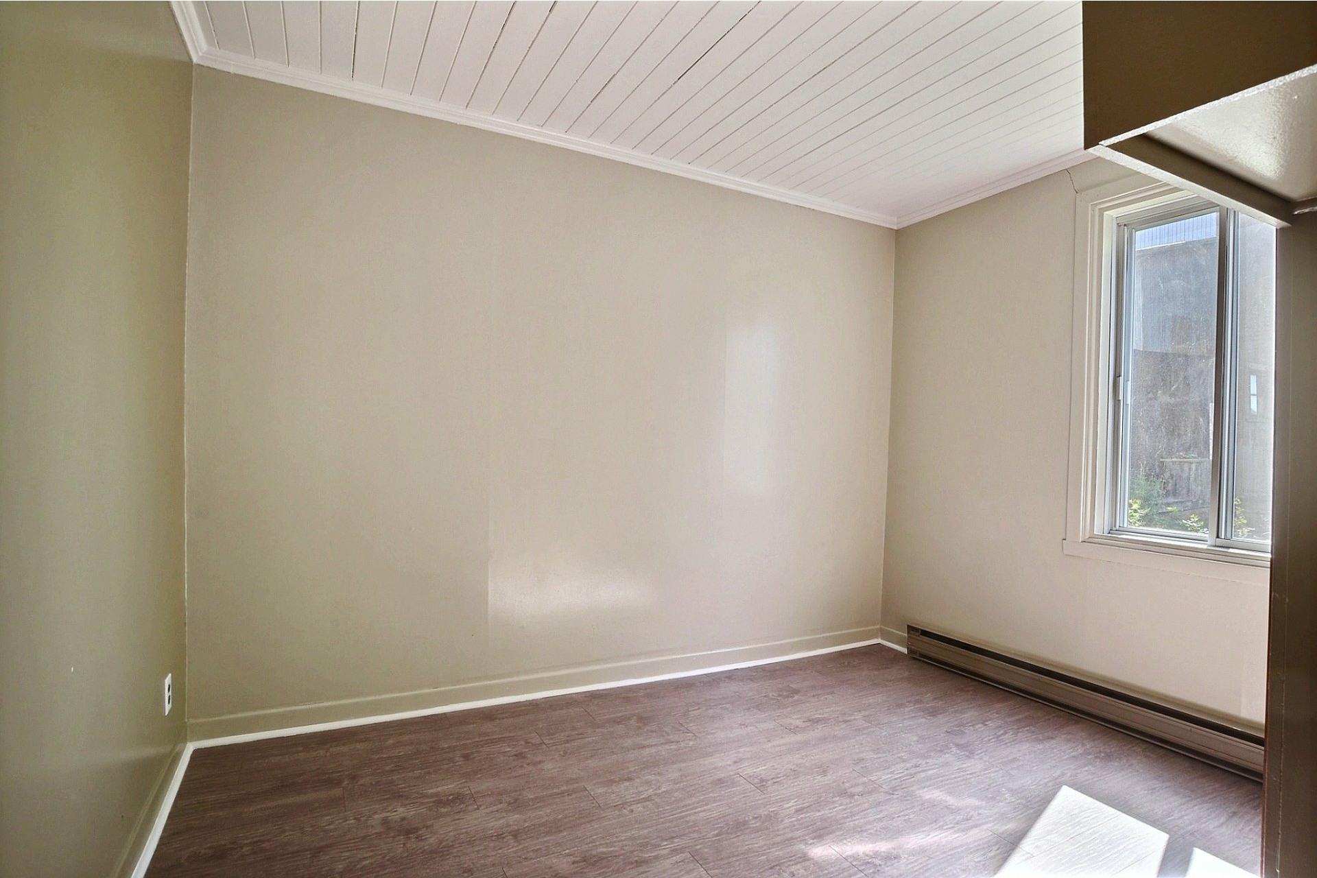 image 7 - Duplex For sale Sainte-Anne-des-Plaines - 4 rooms